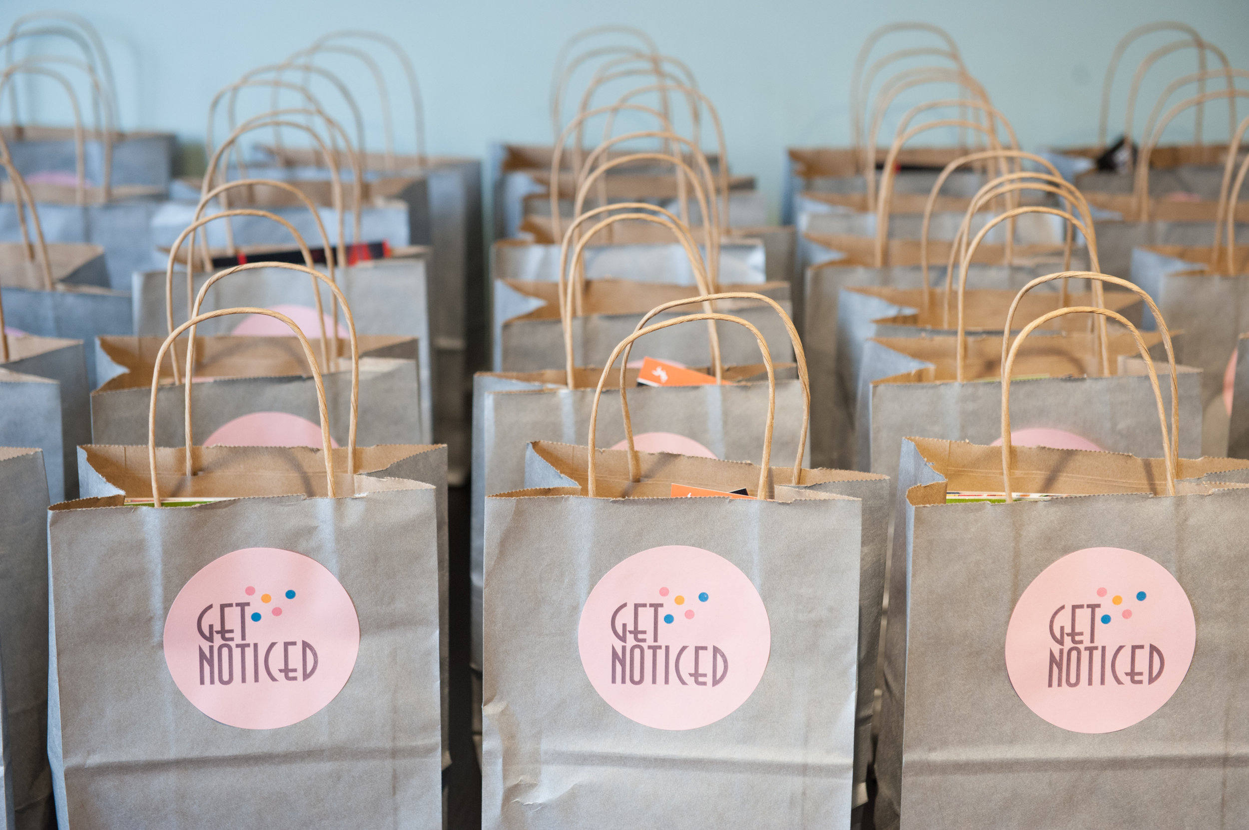 April 26, 2017 - This event was a huge success with incredible attendance. thank you to our sponsors: chicago woman magazine, breather, cream wine, bakeables, scone city, blair carothers, greater than,kendra scott and shred415.