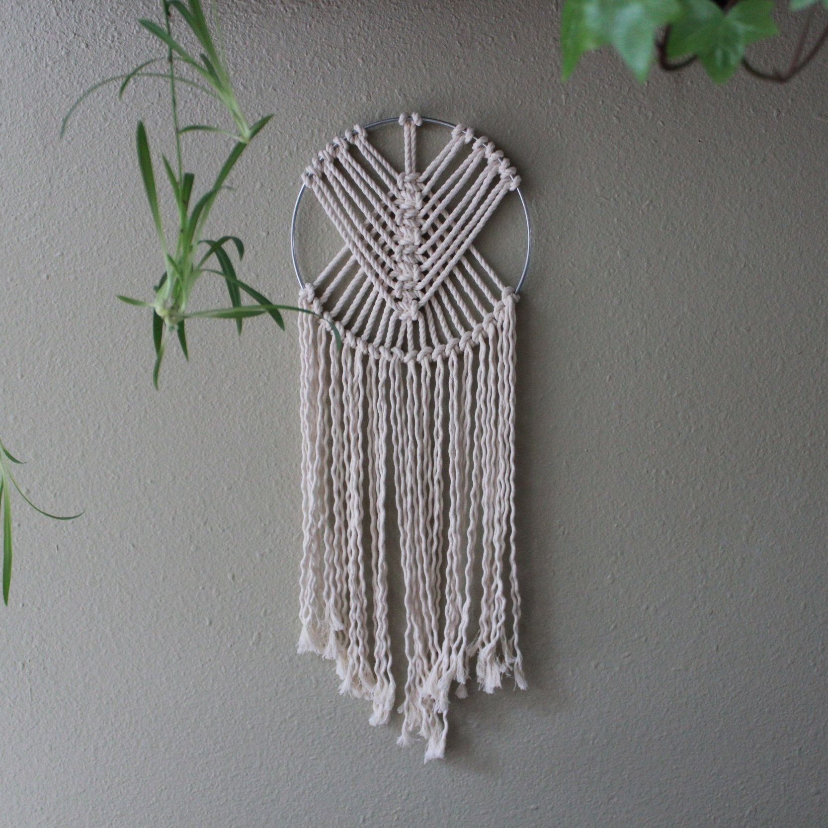 MACRAMÉ WALL HANGING - 2 - 3 HOURS