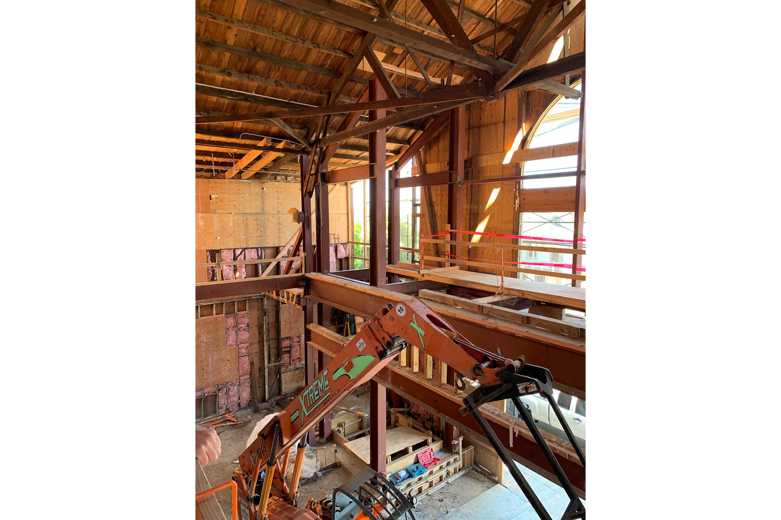 CALEDONIA-CONSTRUCTION5.jpg