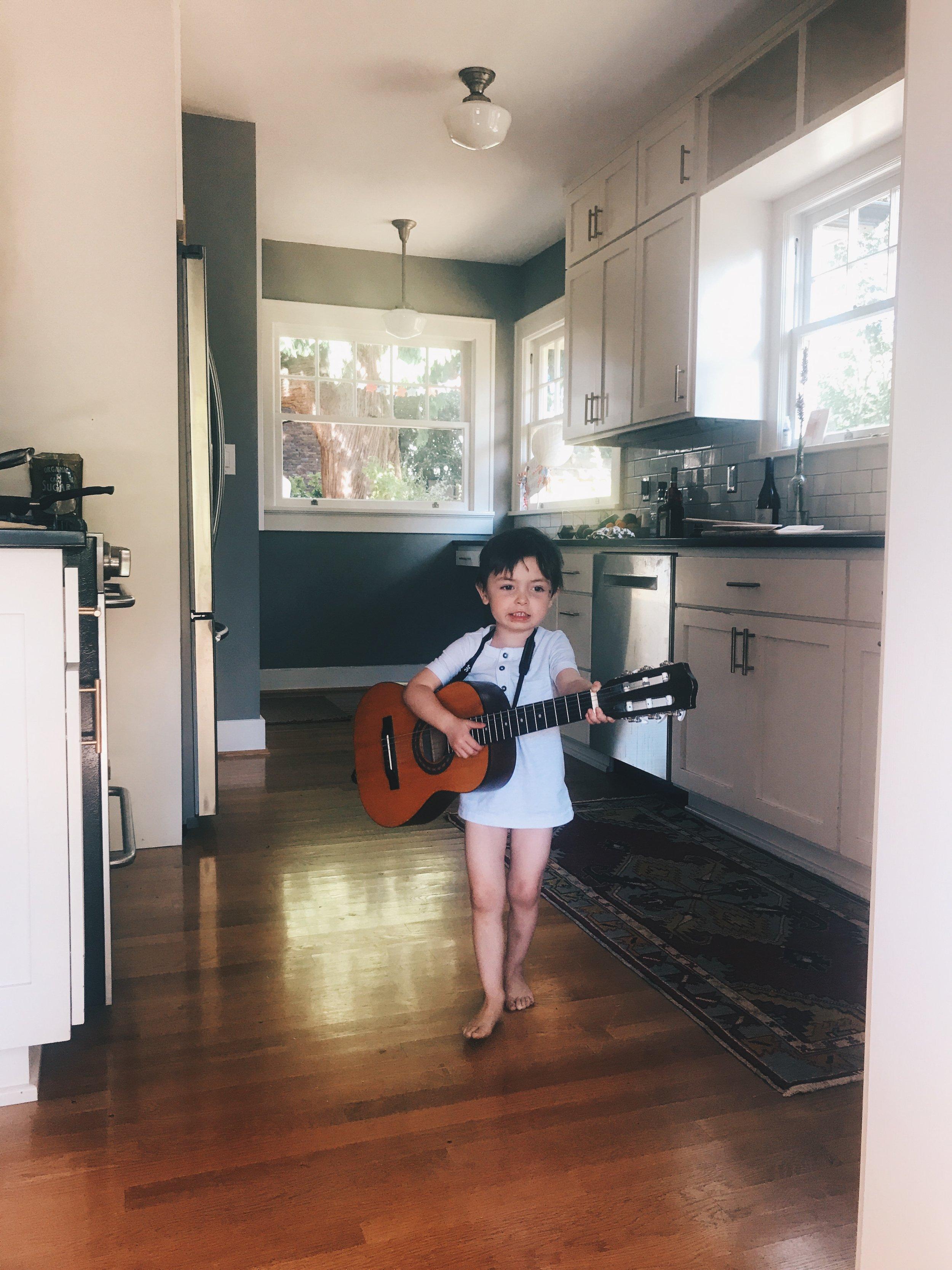 kitchen serenades, very normal