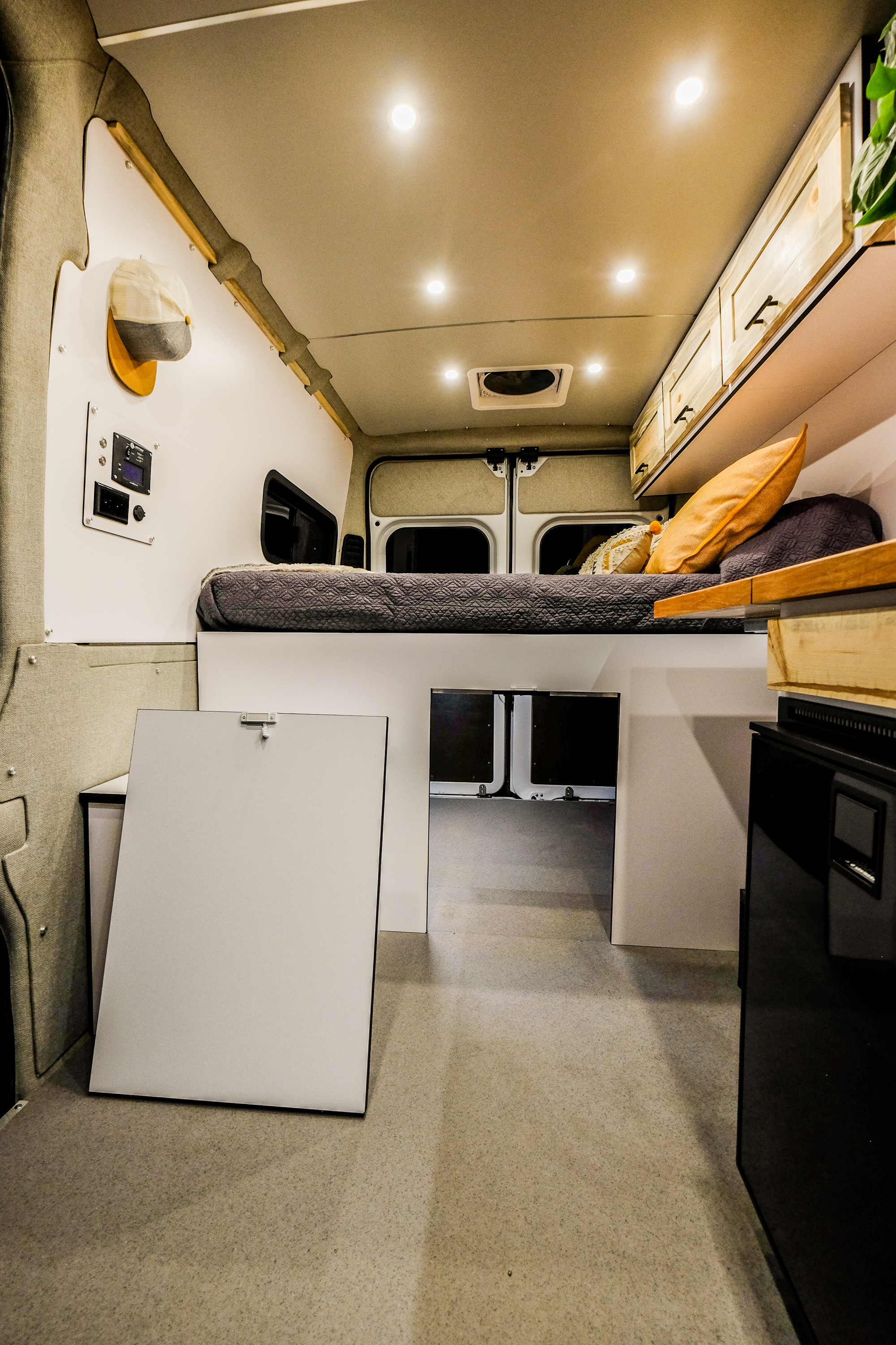 Ponderosa: Vanlife Customs Bed Platform
