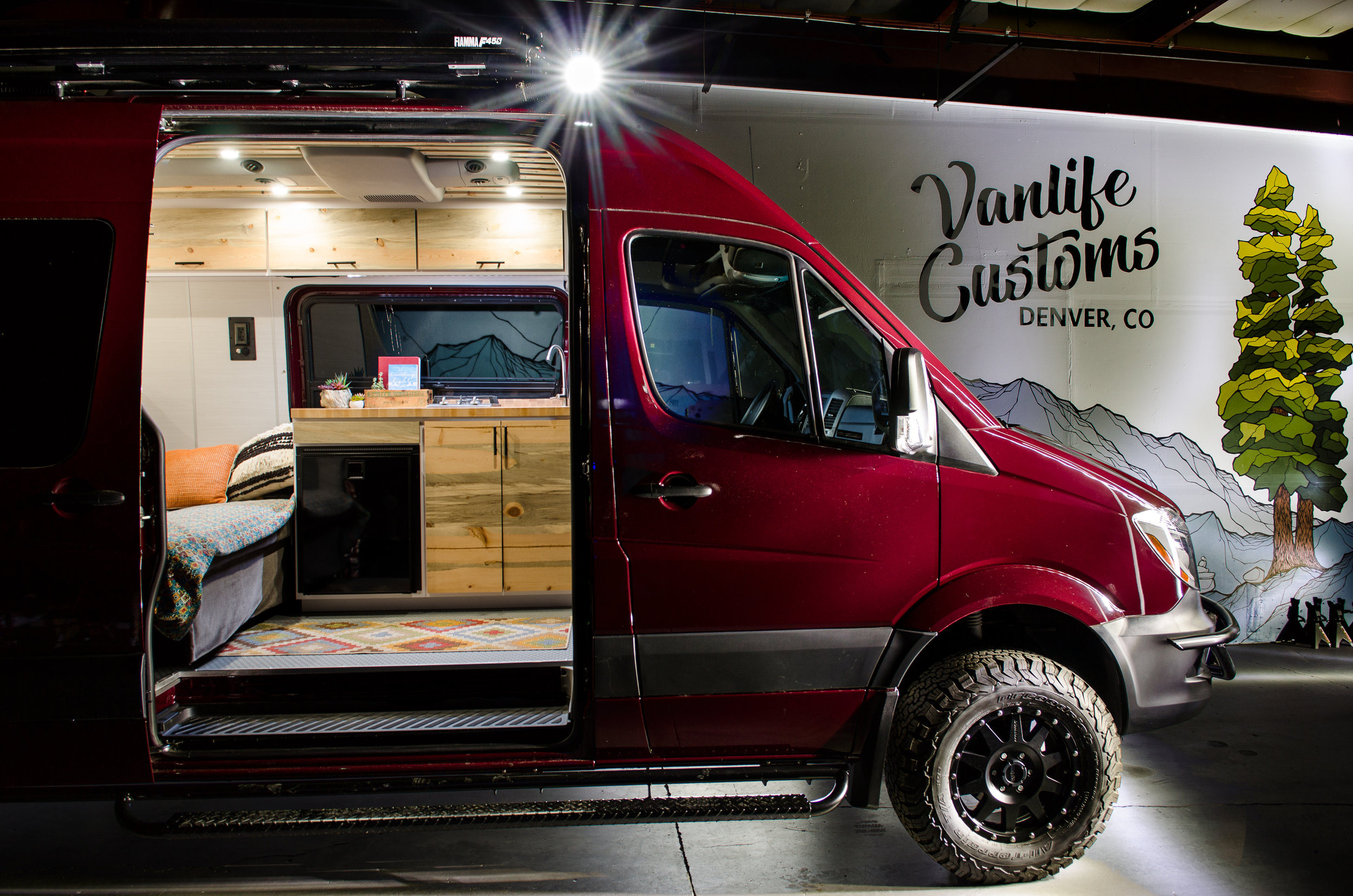 Sprinter Conversion: Vanlife Customs  Awesome Mural: Brooke @  The Be Vibe