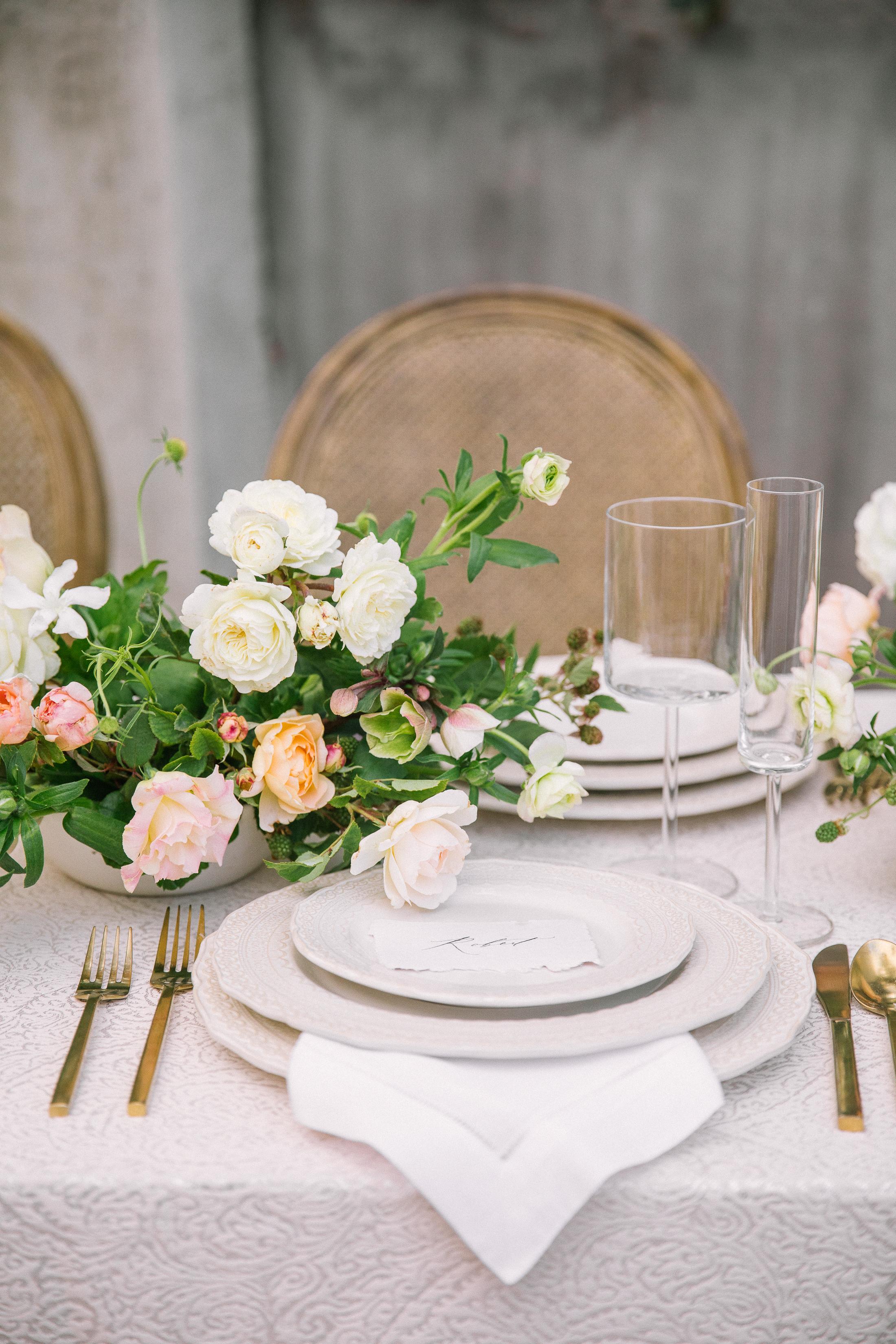 Ellen-Ashton-Photography-California-Wedding-Photographer-Malibu-Rocky-Oaks-Weddings-girt-and-gold2.jpg