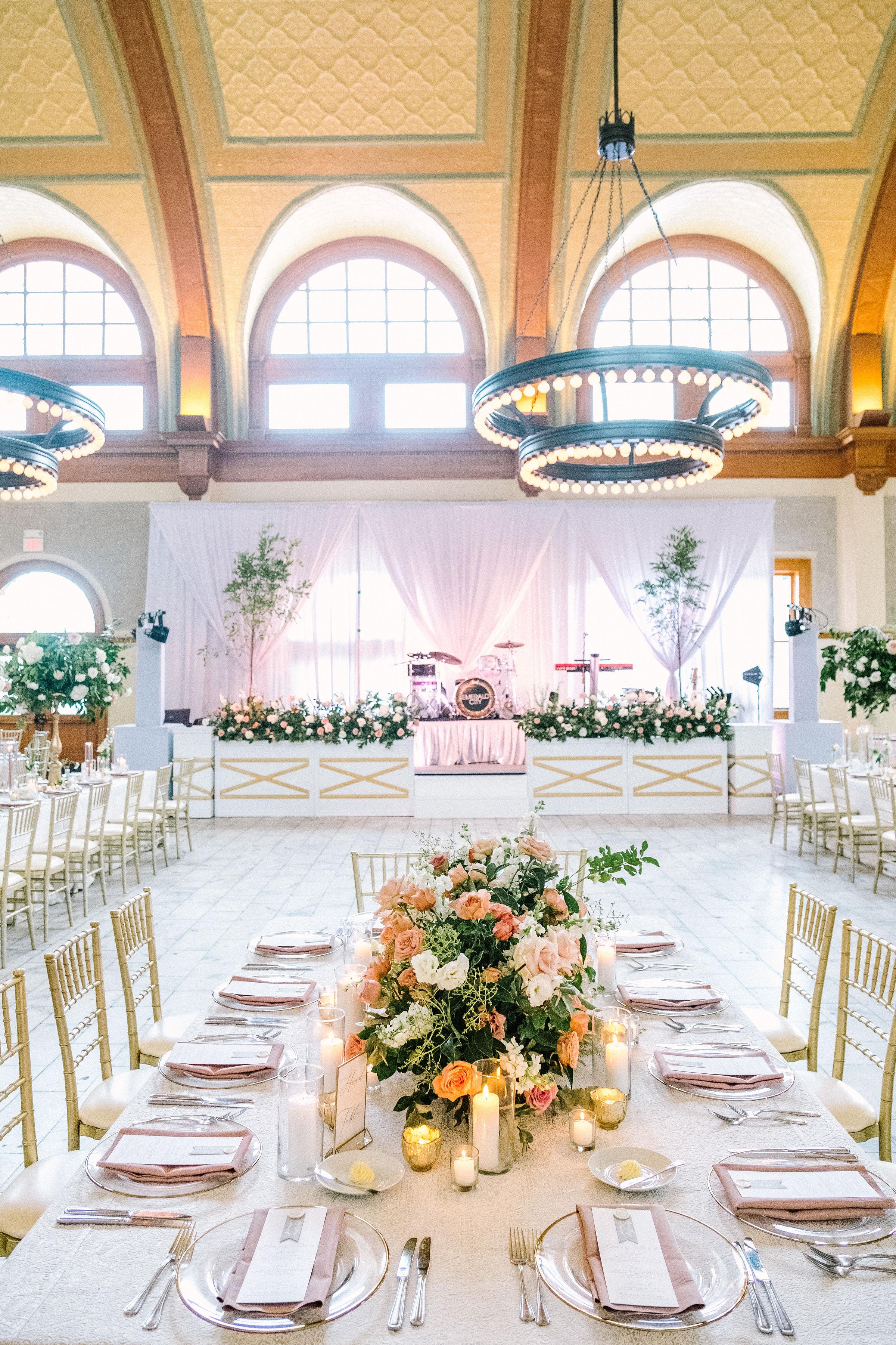 Ellen-Ashton-Photography-Girt-and-gold-events-weddings-Ashton-Depot-Weddings688.jpg