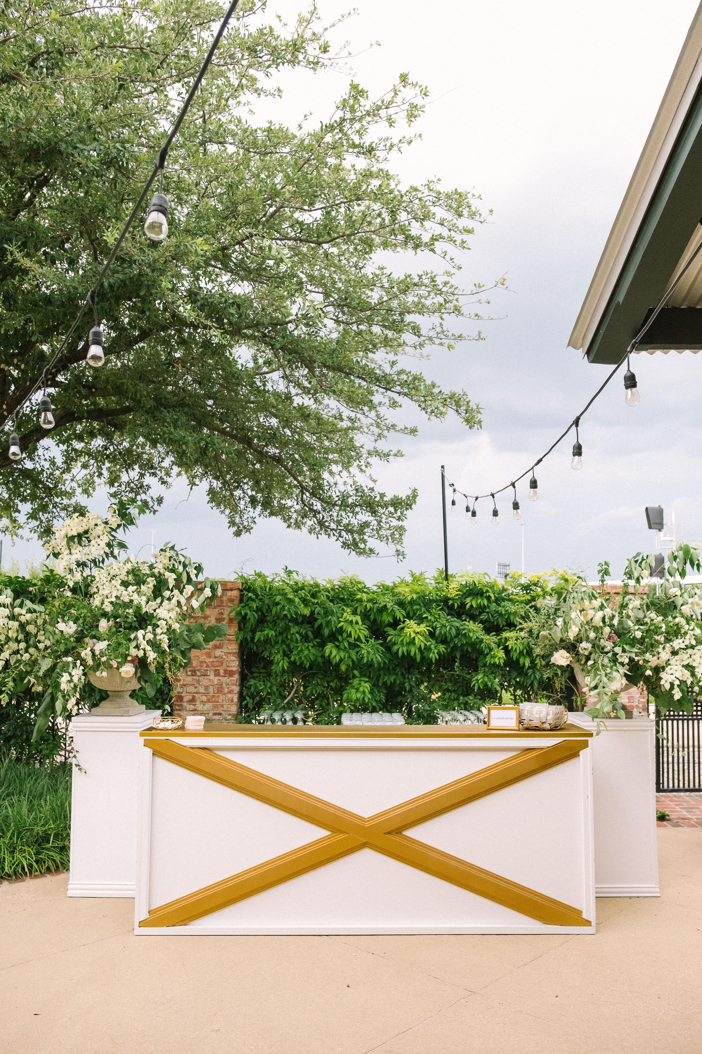 Ellen-Ashton-Photography-Girt-and-gold-events-weddings-Ashton-Depot-Weddings676.jpg