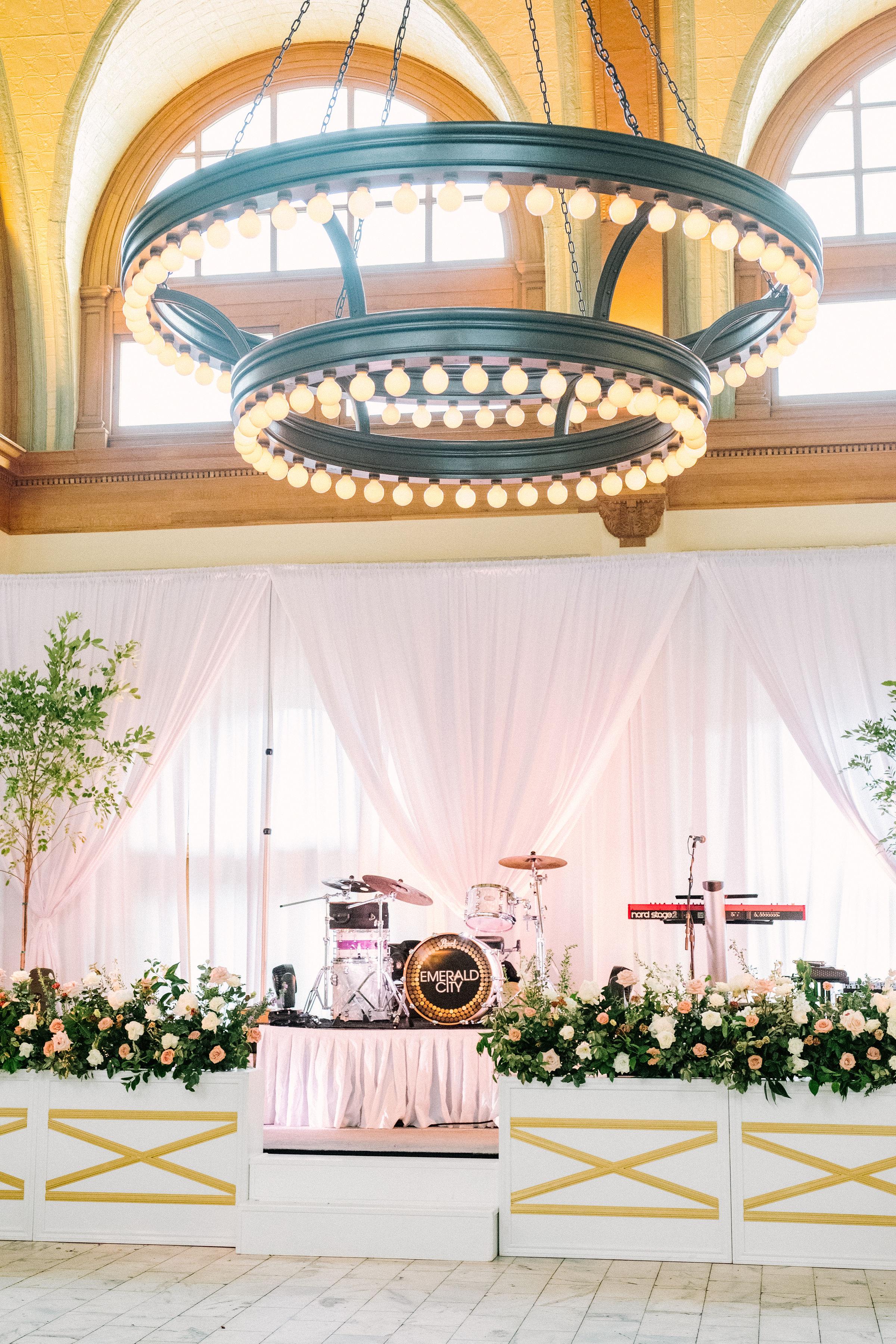 Ellen-Ashton-Photography-Girt-and-gold-events-weddings-Ashton-Depot-Weddings689.jpg
