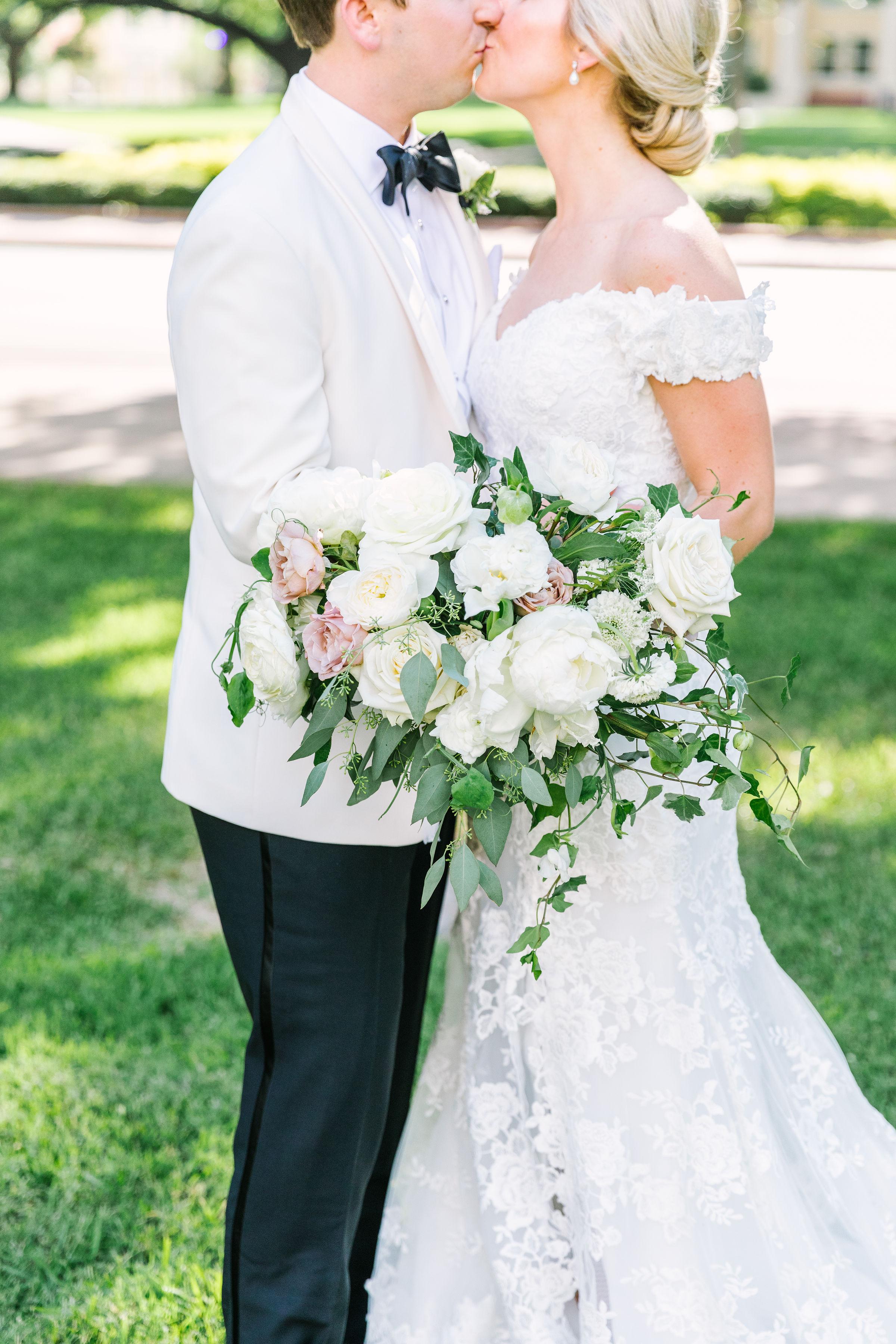 Ellen-Ashton-Photography-Girt-and-gold-events-weddings-Ashton-Depot-Weddings227.jpg