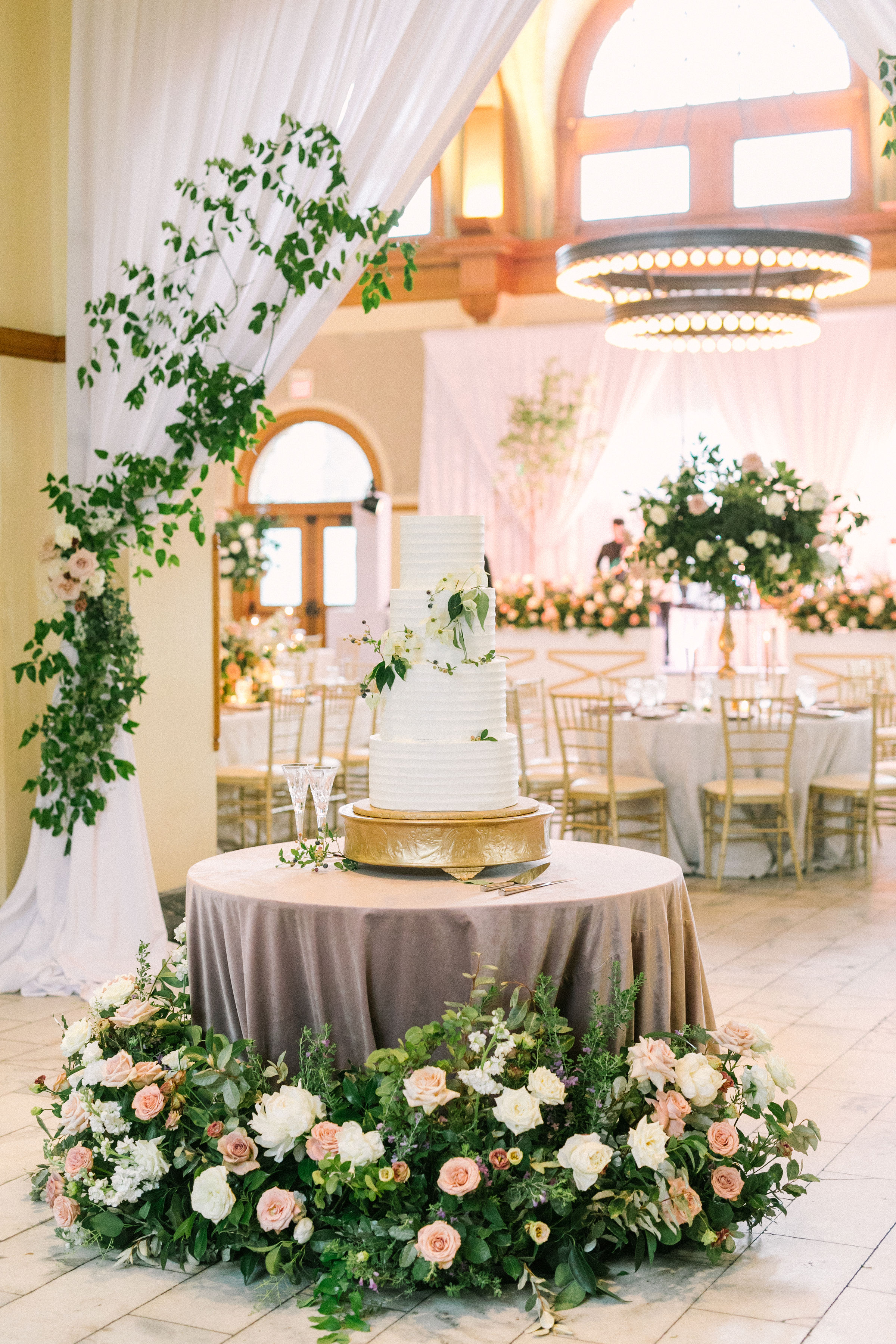 Ellen-Ashton-Photography-Girt-and-gold-events-weddings-Ashton-Depot-Weddings1061.jpg
