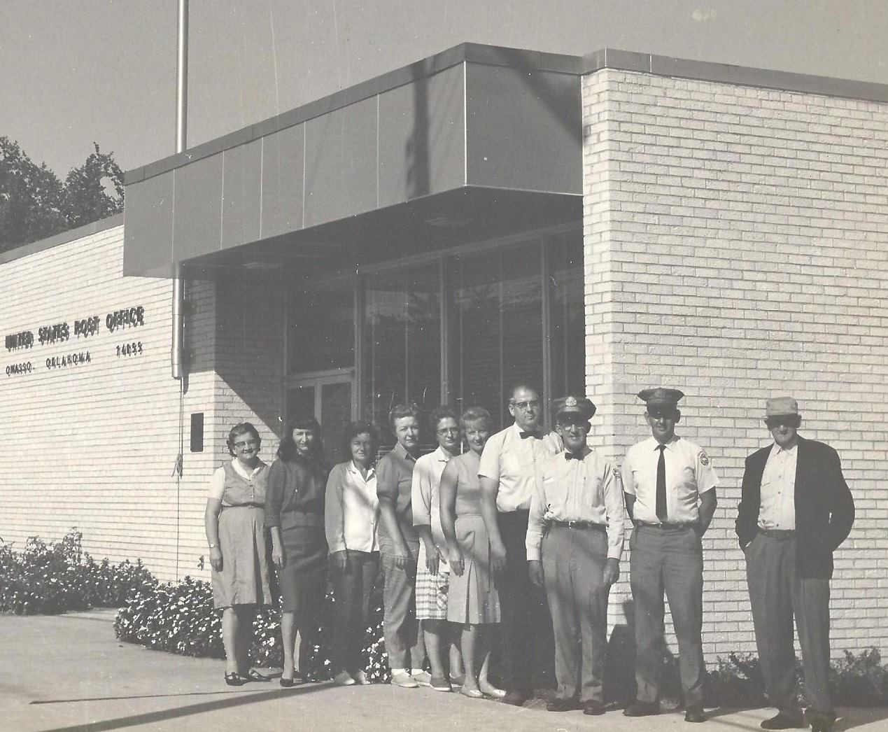 Grand opening of the new Owasso Post Office was held on Feb 1967. This was located on North Main in the 100 block. It was later sold to the City and was used as the police department.