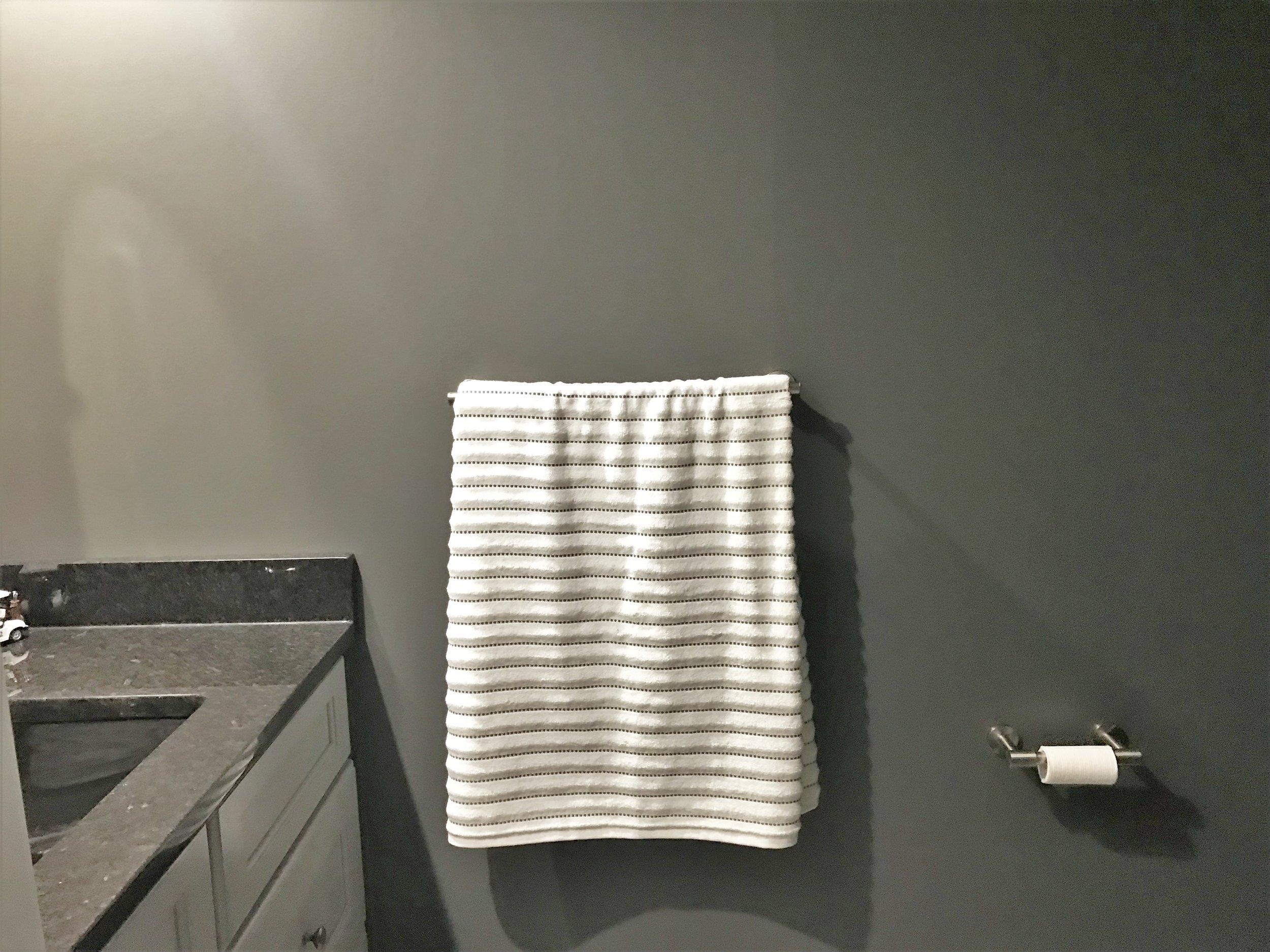 Towel holder.jpeg