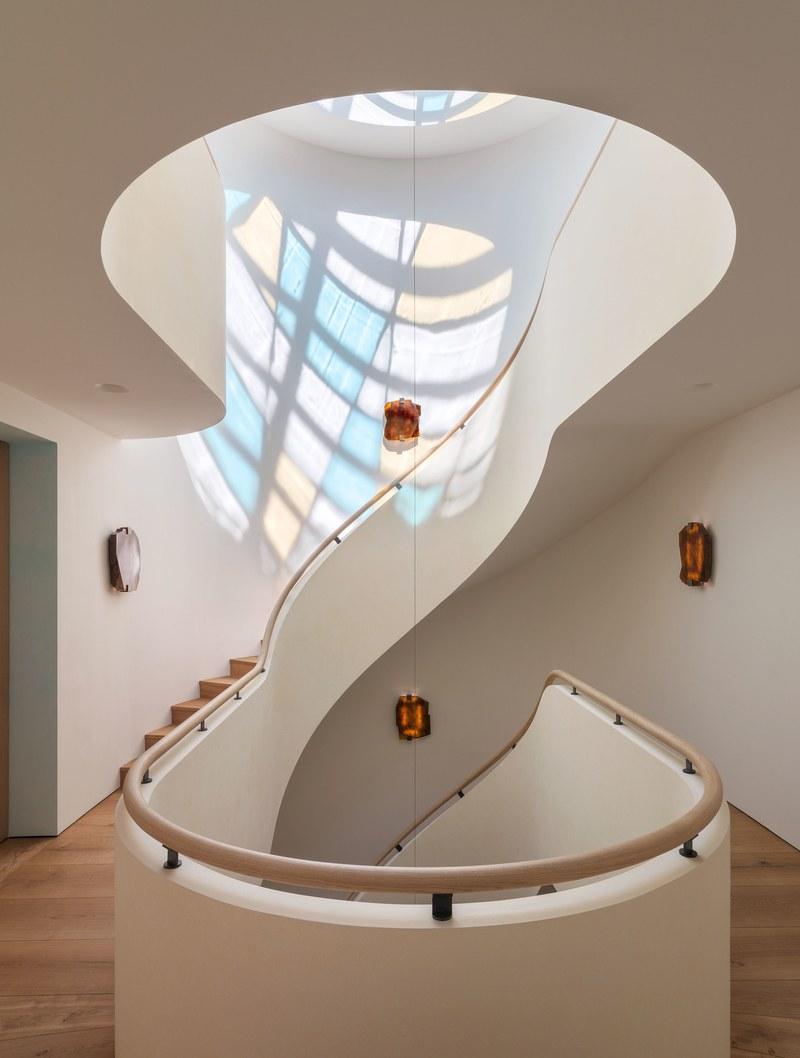 bonabode-yovanovitch-staircase.jpg