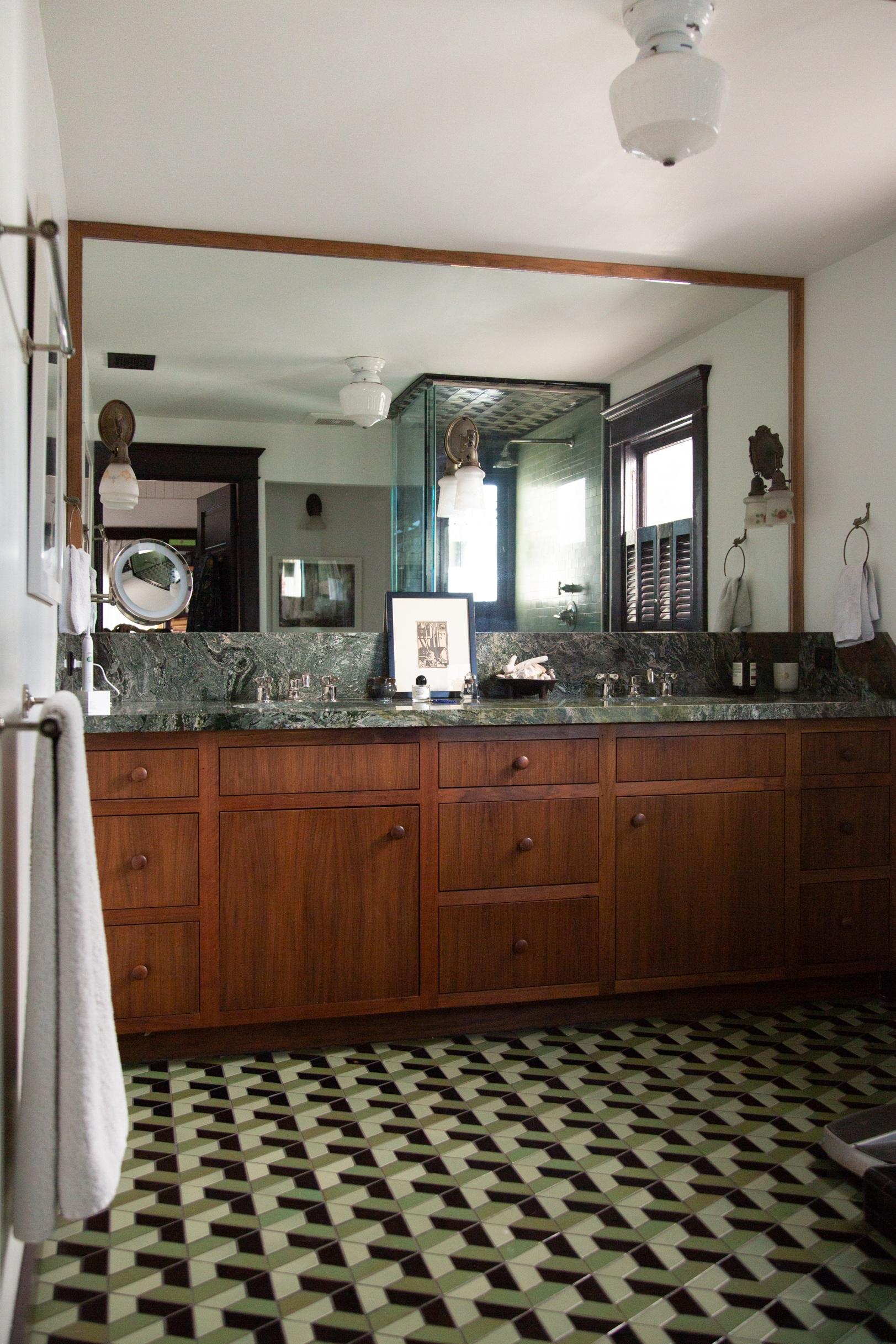 sofie-bathroom.jpg