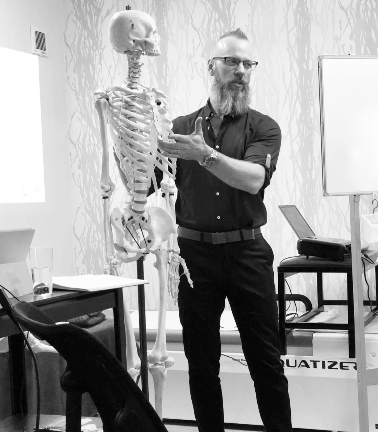 As well as being a dedicated clinician, Darren also accompanies The Canadian Academy of Osteopathy around the world to lecture on the mechanical principles of osteopathy. Here, he is lecturing to the JICO audience in Japan in 2017..
