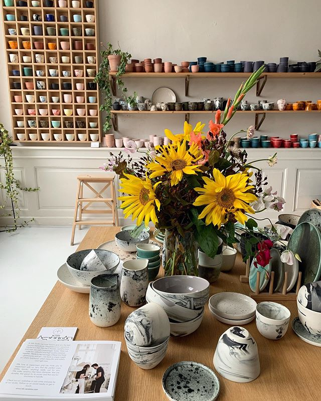 Shop is full of beautiful ceramics ❤️ And is time for sunflowers 🌻 all flowers I grow in my garden. #handmade #handcrafted #porcelain #shop #studio #ceramics #design #coffeelover #cph #scandinaviandesign #minimalism #flowers #sunflower #art #denmark