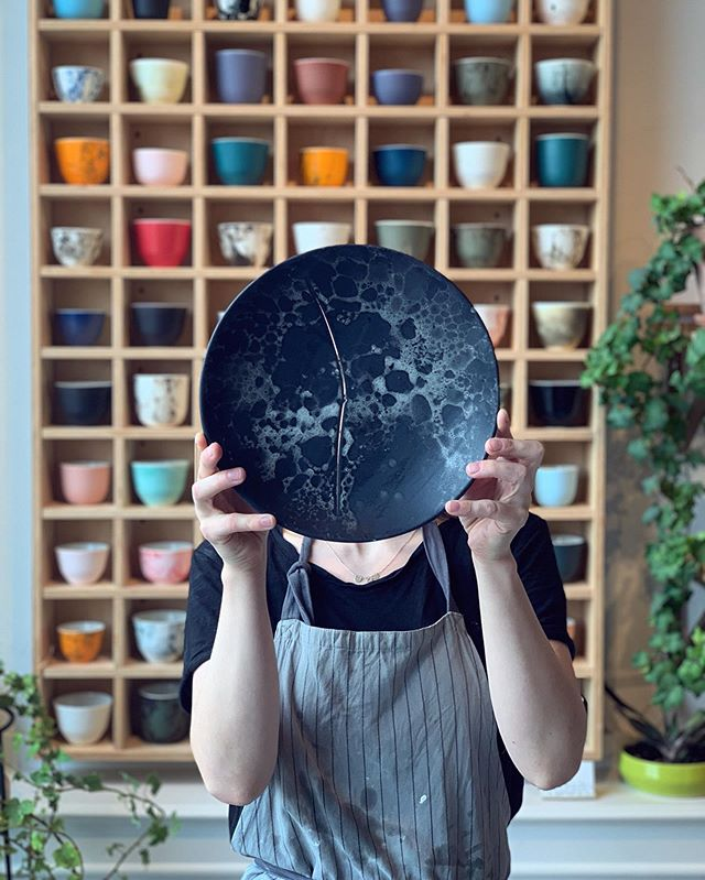 Imperfect beauty! Some plates are even more special. One day I will learn kintsugi! #kintsugi #art #plates #shop #minimalism #shop #baby #keramik #ceramics #ceramicstudio #studio #porcelain #design #scandinaviandesign #nordic #cph #denmark