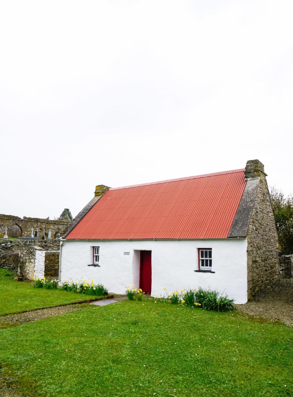 curio.trips.ireland.scattery.island.cottage.portrait.jpg