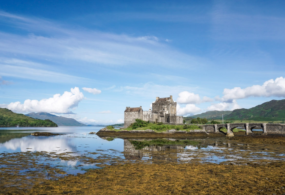 curio.trips.scotland.isleofskye.castle.jpg