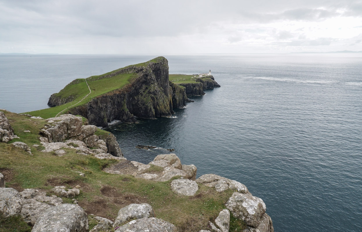 curio.trips.scotland.isle.of.sky.lighthouse copy.jpg