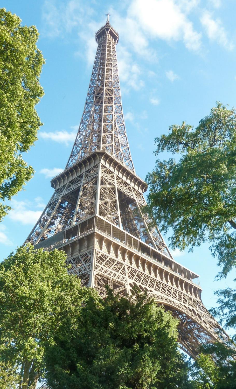 curio.trips.france.paris.eiffel.tower.view.jpg