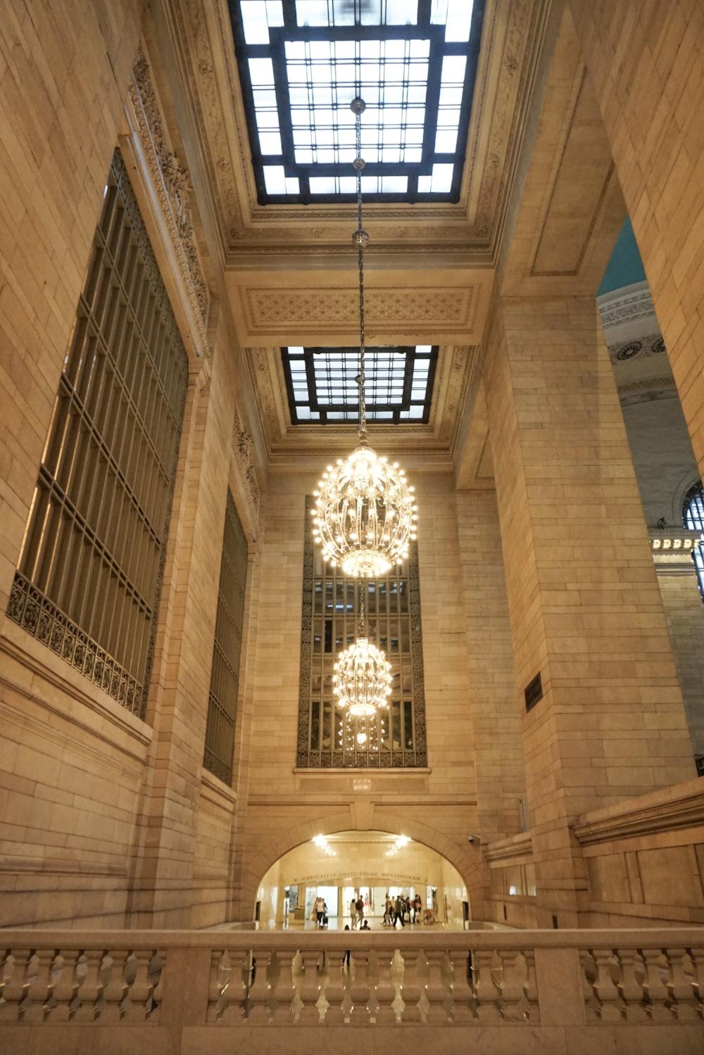 curio.trips.usa.nyc.grand.central.terminal.interior.jpg