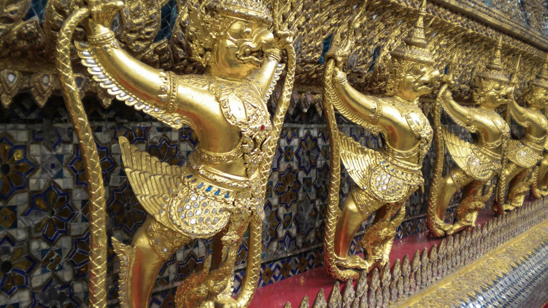 curio.trips.thailand.temple.details.jpg