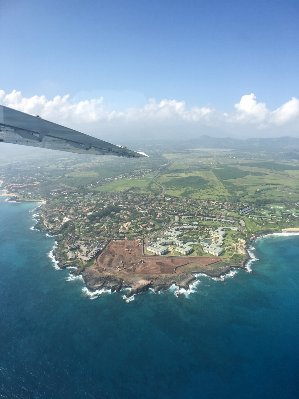 curio.trips.hawaii.kauai.coast.beach.1.jpg