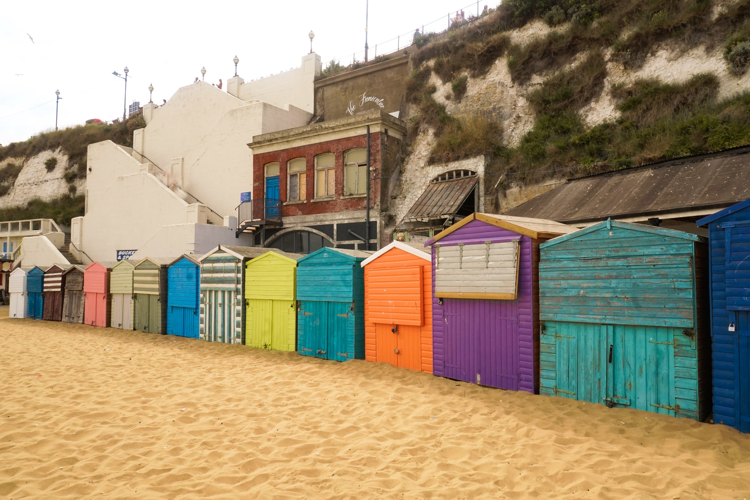 curio.trips.england.kent.broadstairs.beach.huts.landscape.jpg