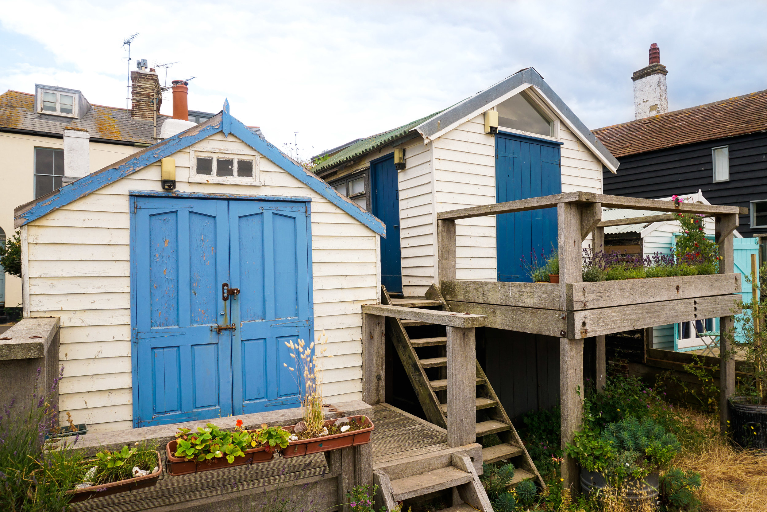 curio.trips.england.kent.whitstable.beach.huts.landscape.jpg