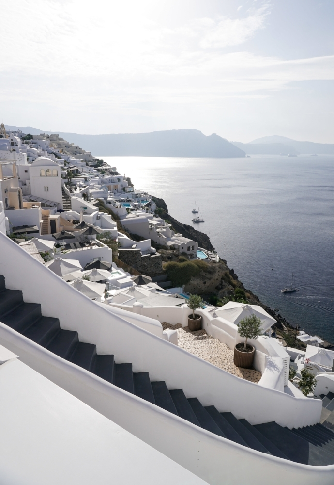 curio.trips.greece.santorini.architecture.white.black.sea.view.portrait.jpg
