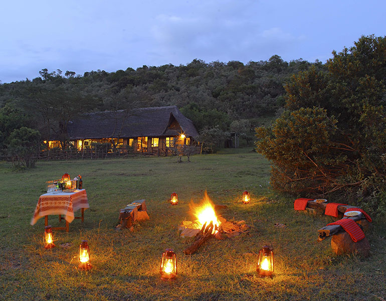 Saruni-mara-sundowner-with-a-fire.jpg
