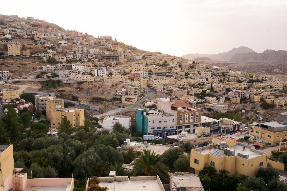 curio.trips.jordan.wadi.musa.sunset.landscape.jpg