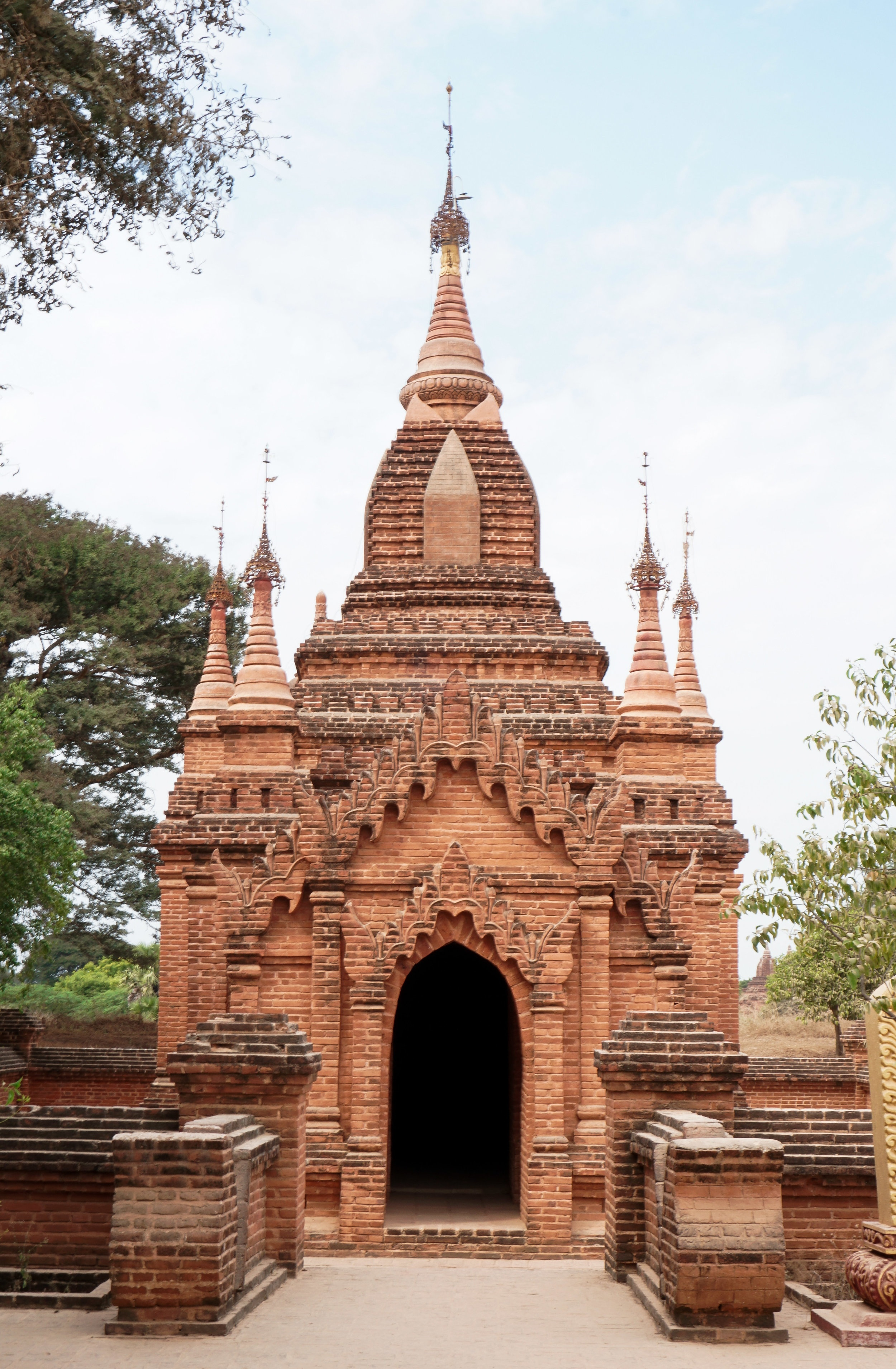 curio.trips.myanmar.bagan.pagoda.front.portrait-2.jpg