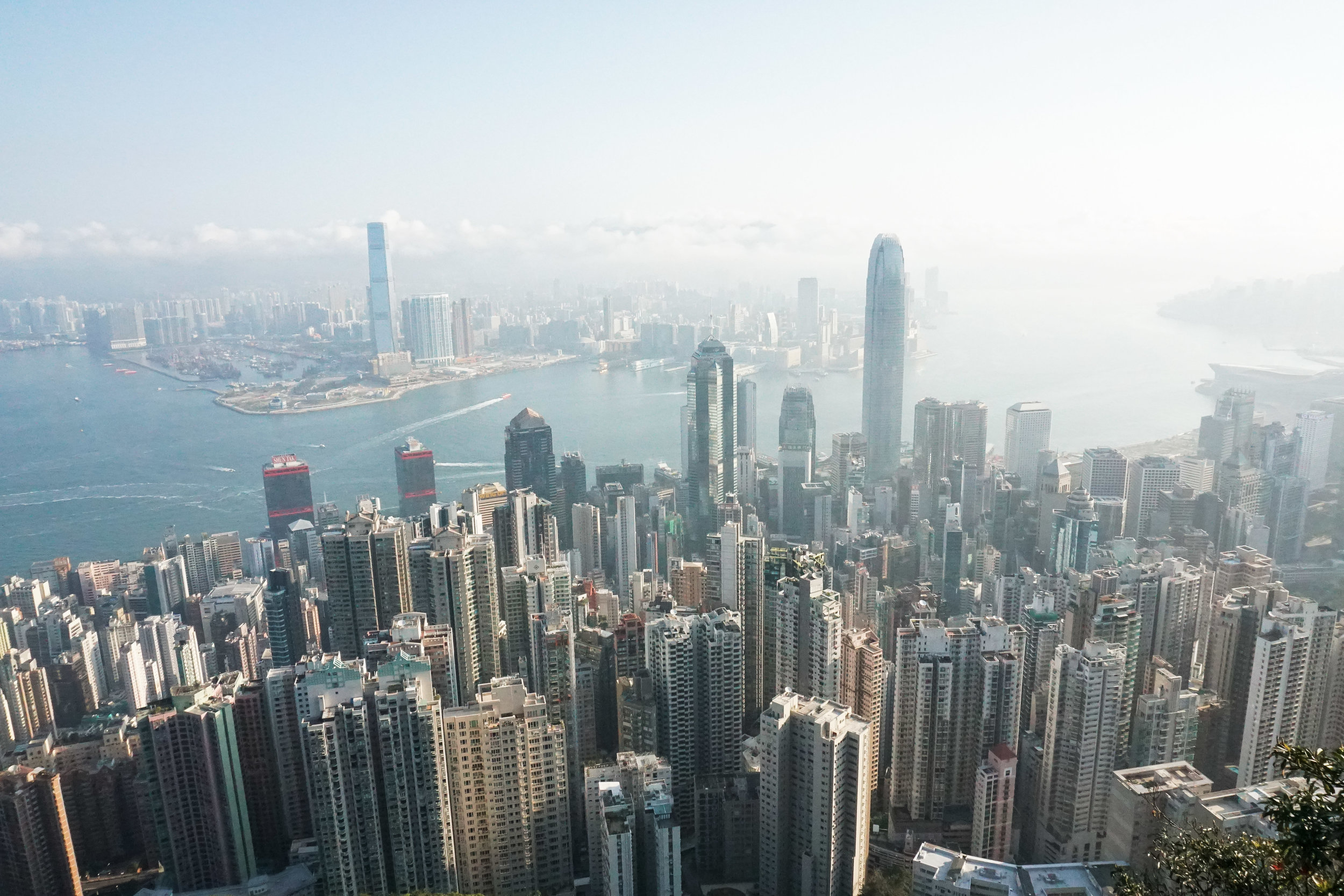 curio.trips.hong.kong.sunny.peak.view.landscape-2.jpg