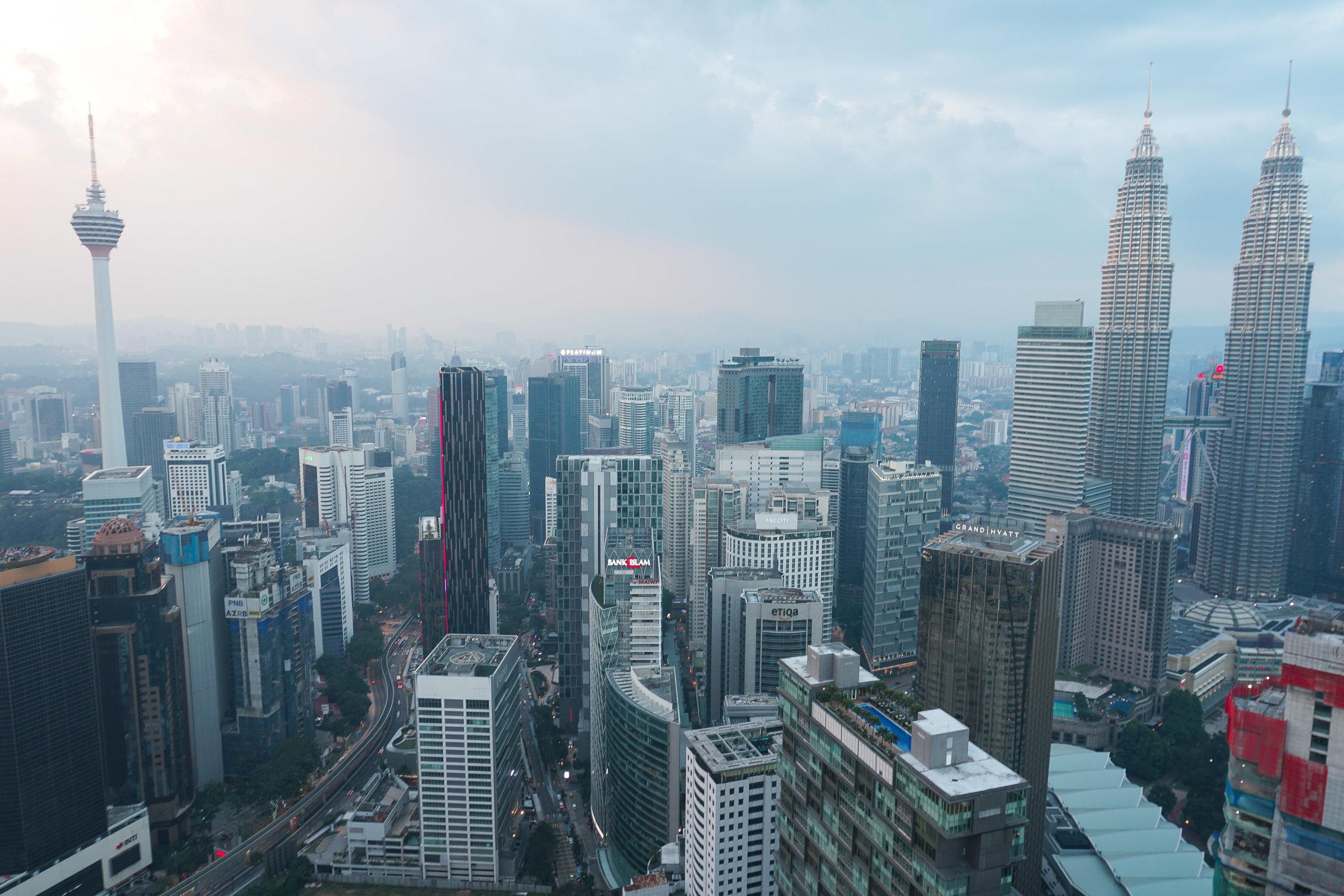 curio.trips.malaysia.kuala.lumpur.downtown.view.dusk.landscape.jpg