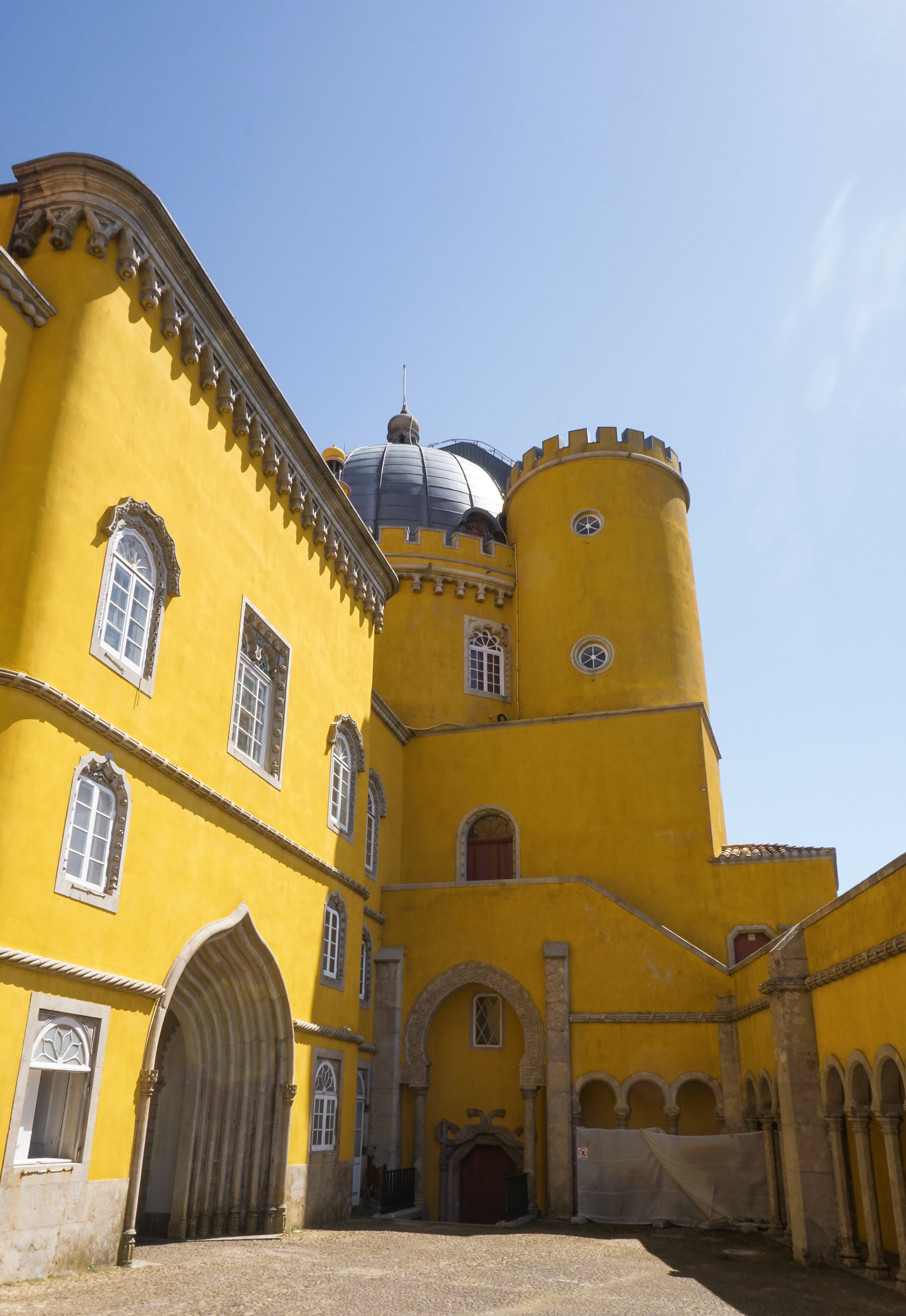 curio.trips.portugal.lisbon.pena.palace.yellow.interior.portrait.jpg