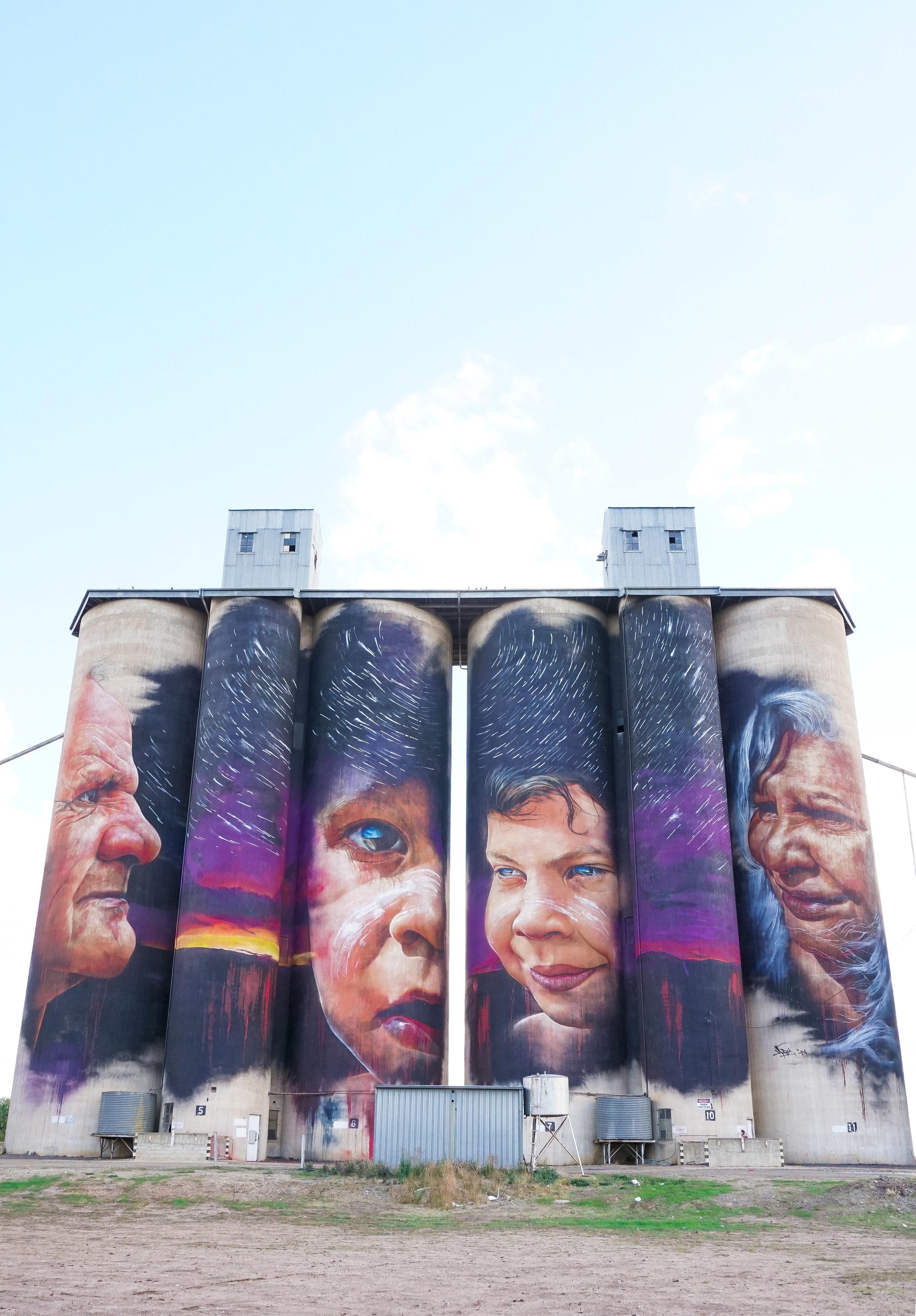 curio.trips.australia.silo.art.aboriginals.portrait.jpg