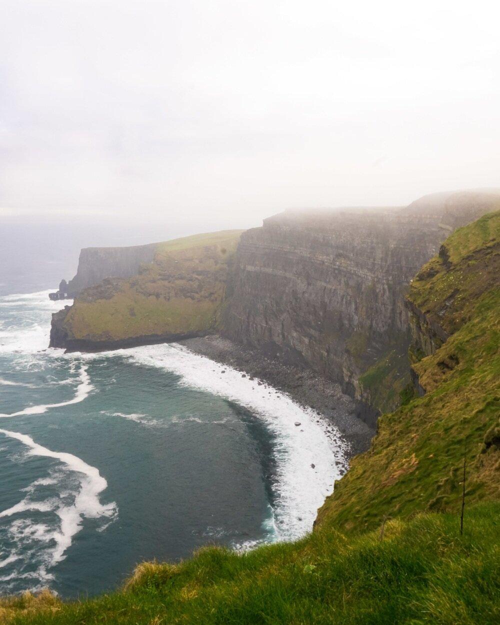curio.trips.ireland.cliffs.of.moher.bay.portrait.jpg