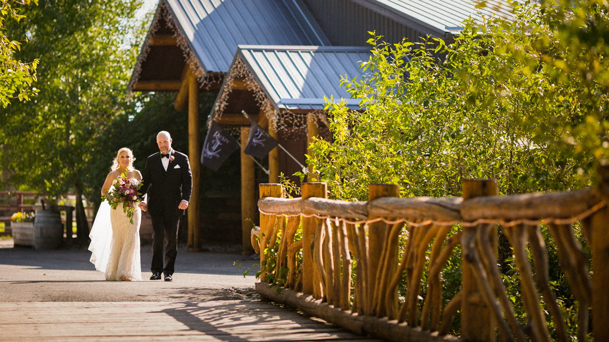 Destination wedding at Rock'in Tj Ranch, Bozeman, MT.