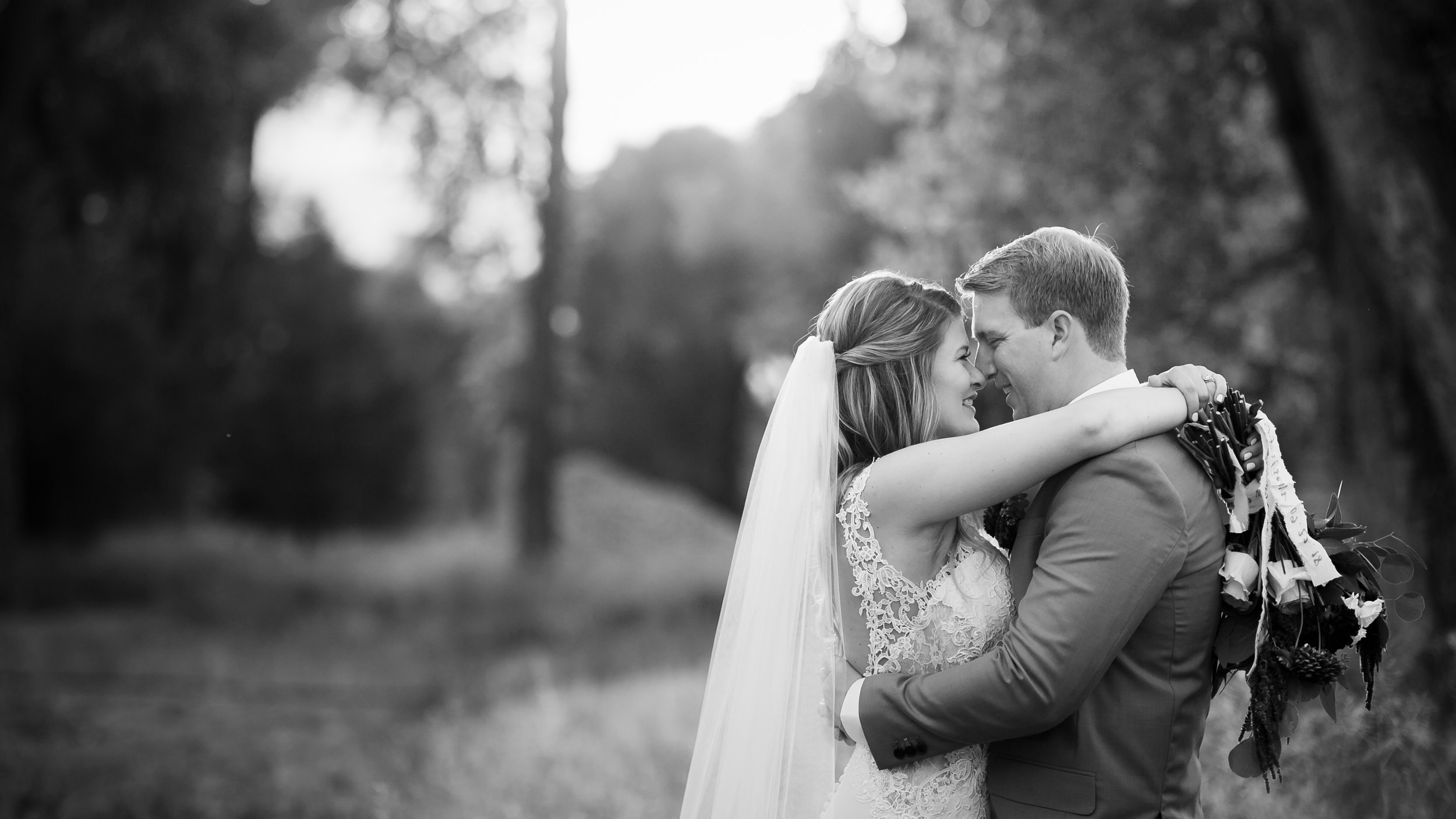 Creating real candid moments is easy on a wedding day.