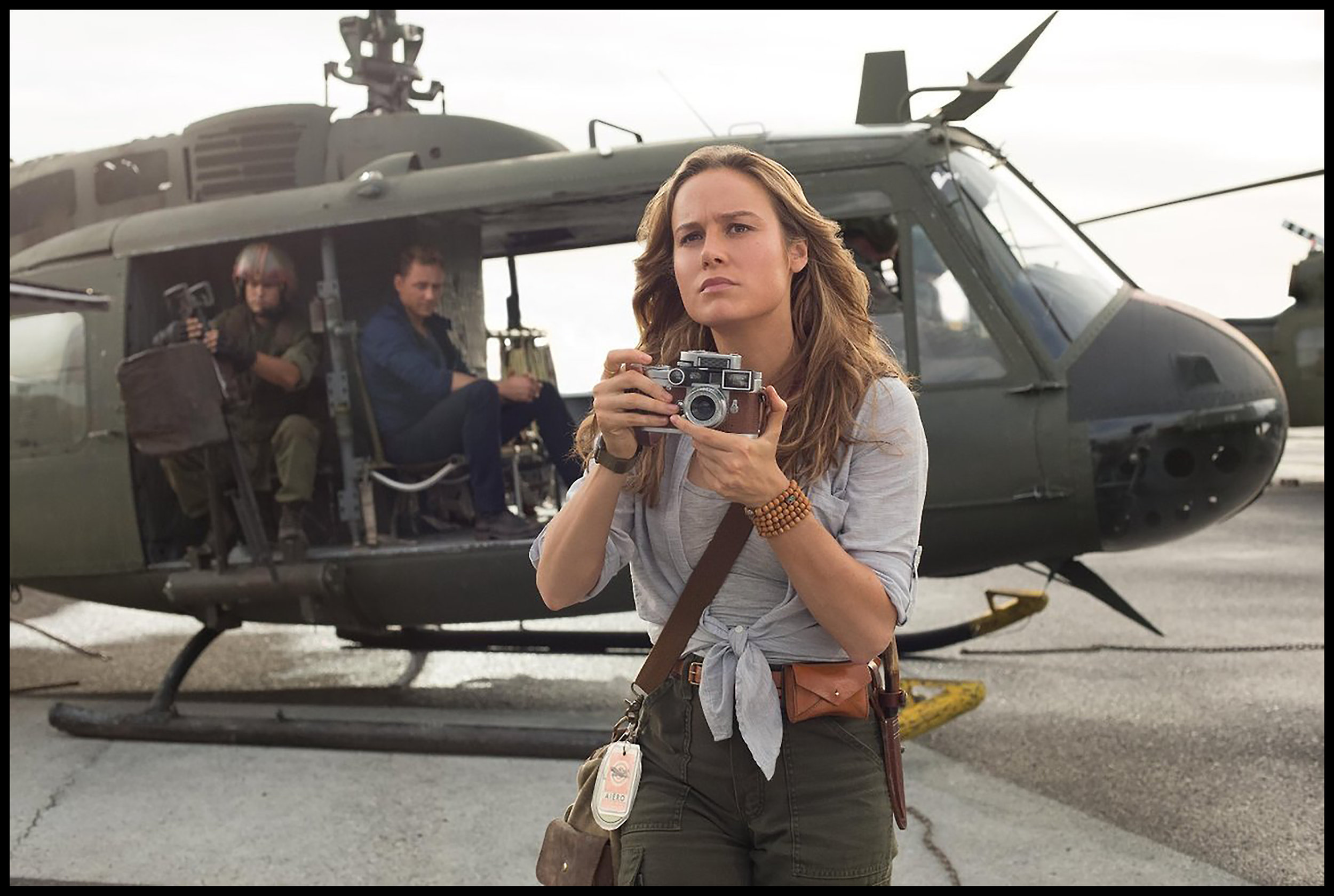 Brie Larson holding a Leica M3 in 2017's Kong Skull Island