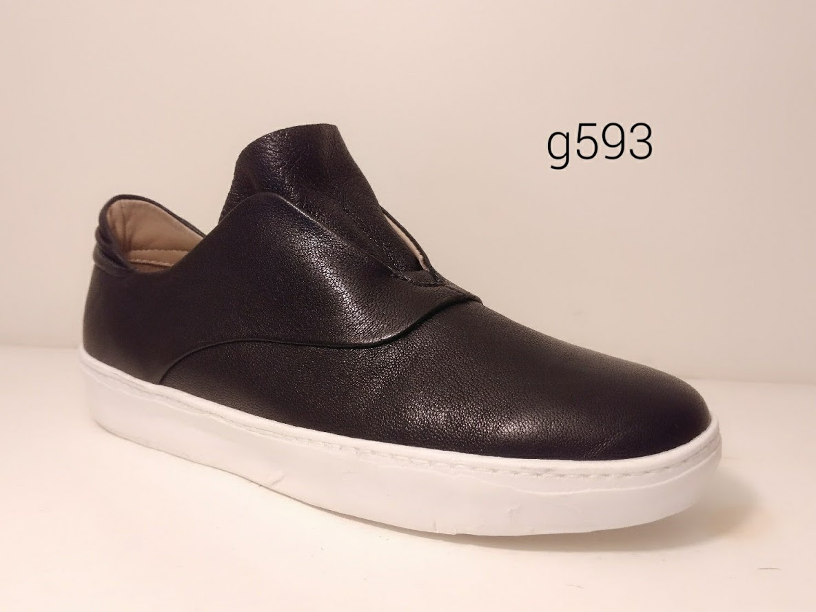 g593 black.jpg