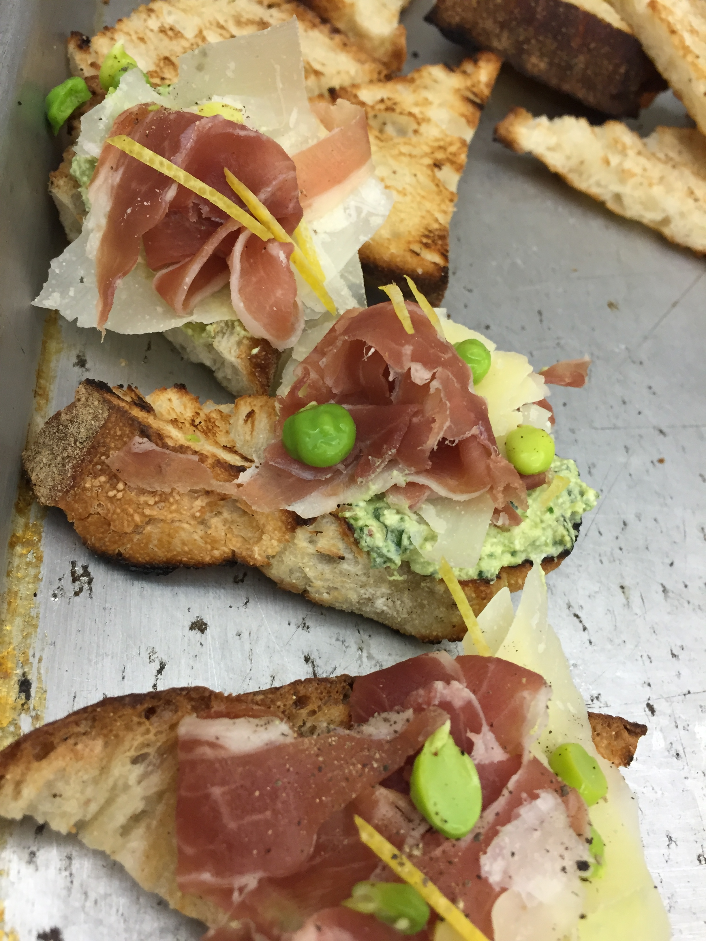 Serrano Ham, Minted Pea & Ricotta Crostini