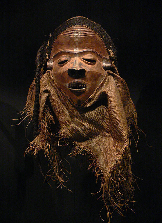 Nganga ngombo, Democratic Republic of the Congo, Pende, 19th century AD, wood, rafia, bast fibers - Ethnological Museum, Berlin