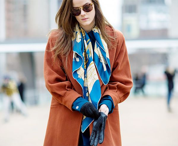 1. The Open Drape - I'm easing you in here.  The easiest possible way to wear your scarf is to just let both ends drape-no knots, no nothing.  Always in style!