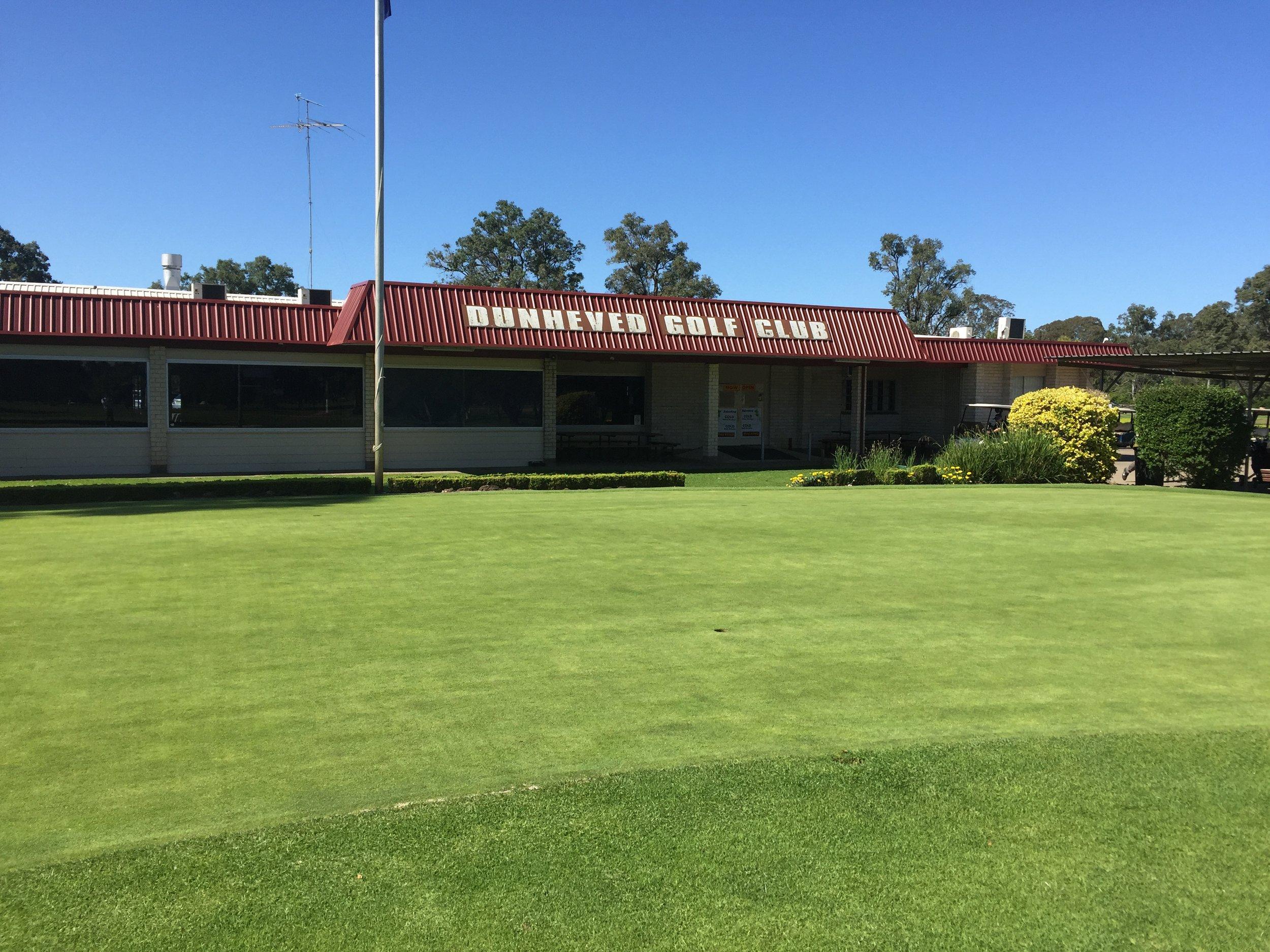 Golf Club.jpg