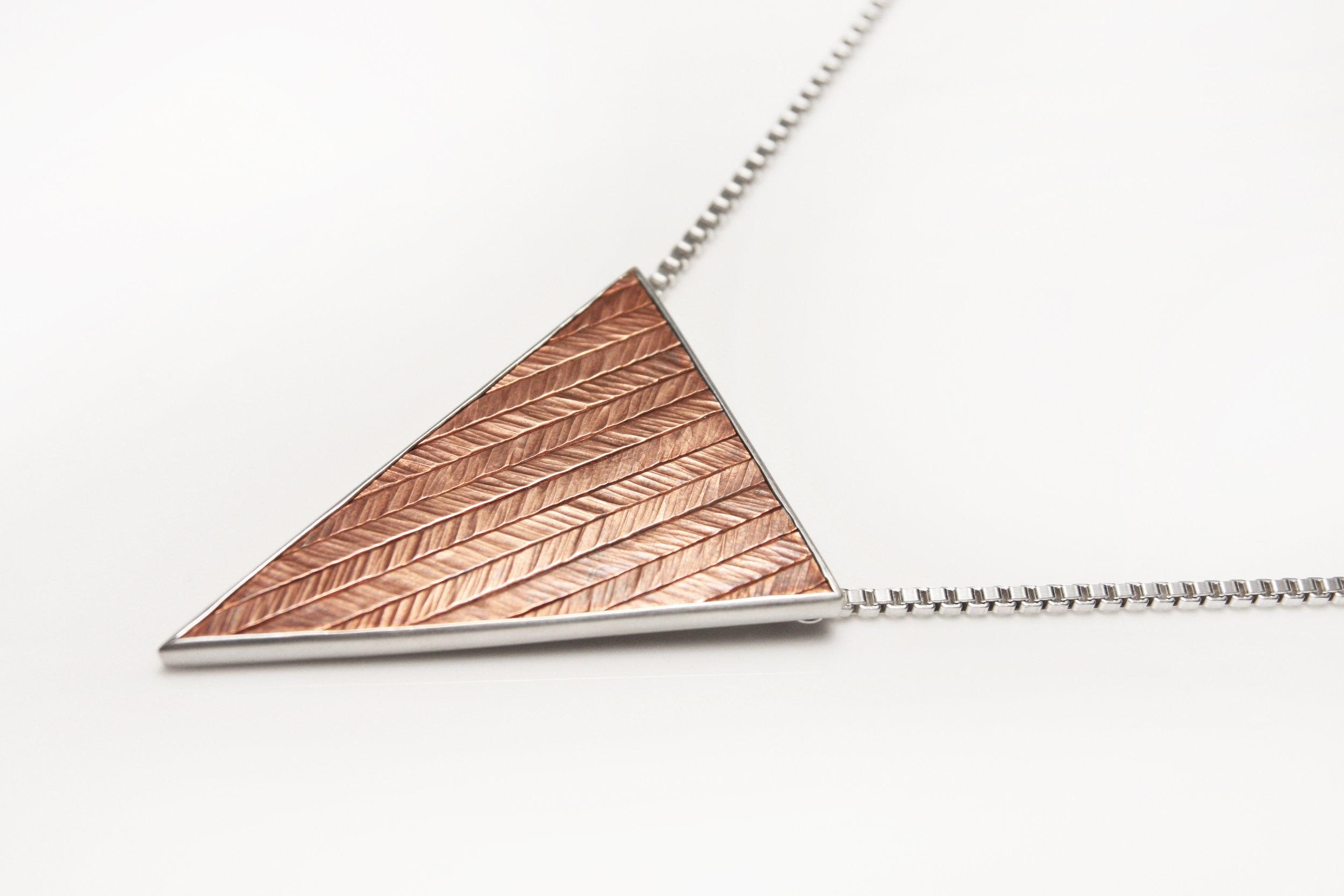herringbone_triangle_large_1_light.jpg