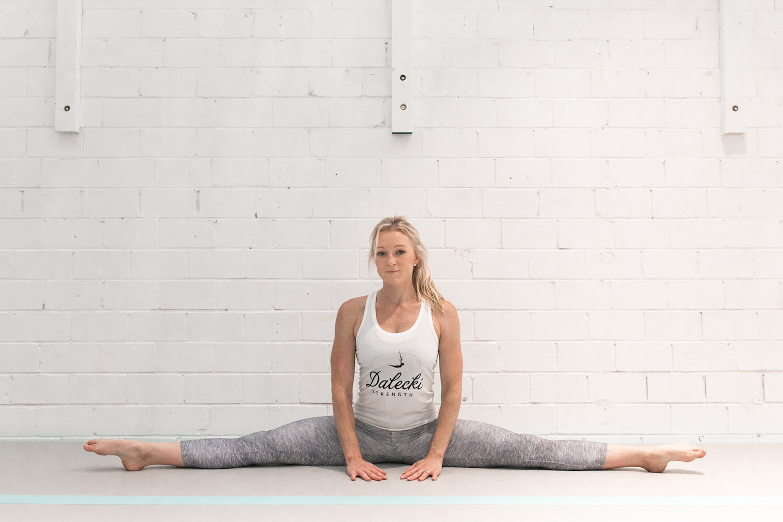 flexibility-split-straddle.jpg