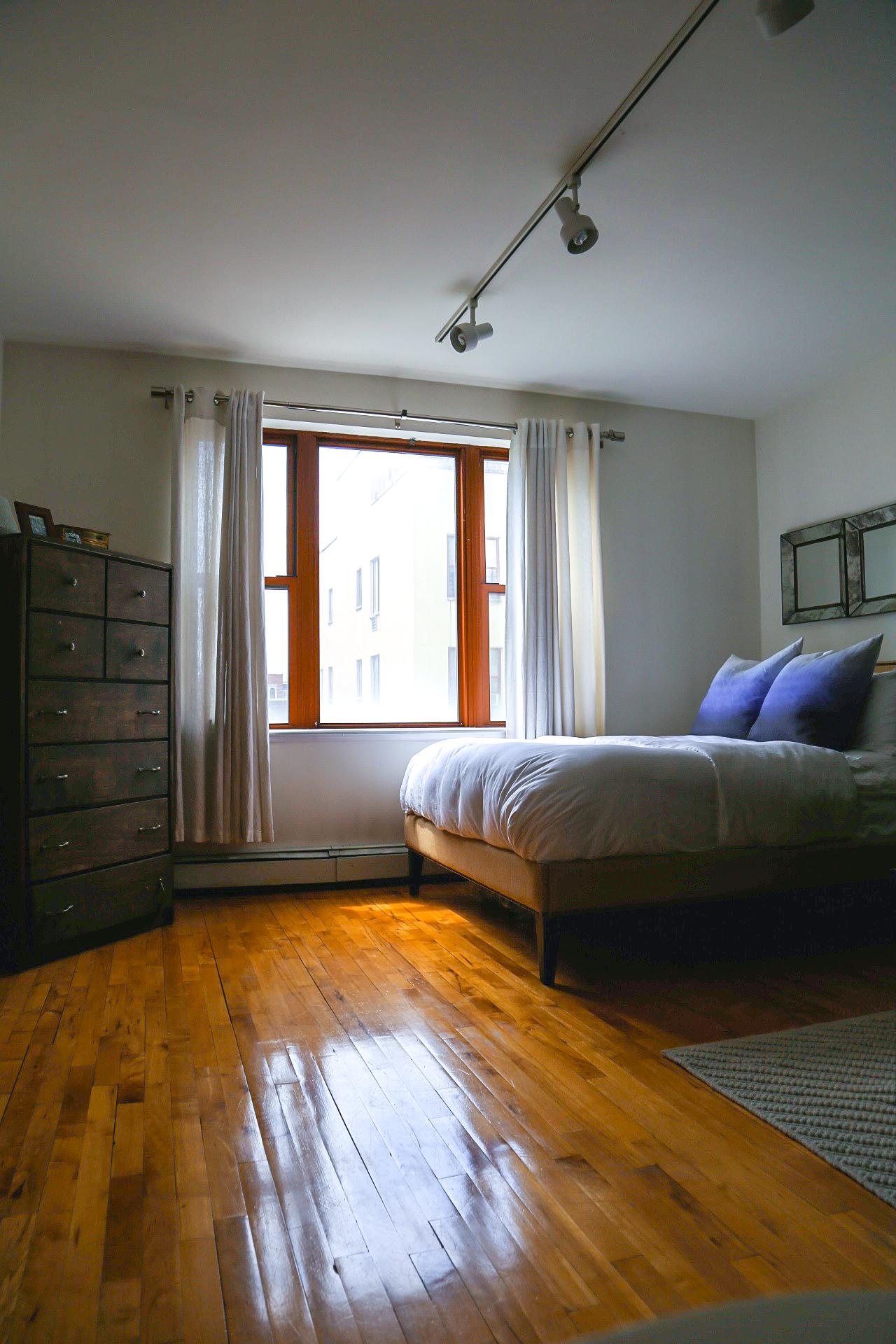 studio7thstreet.bedroom.jpg