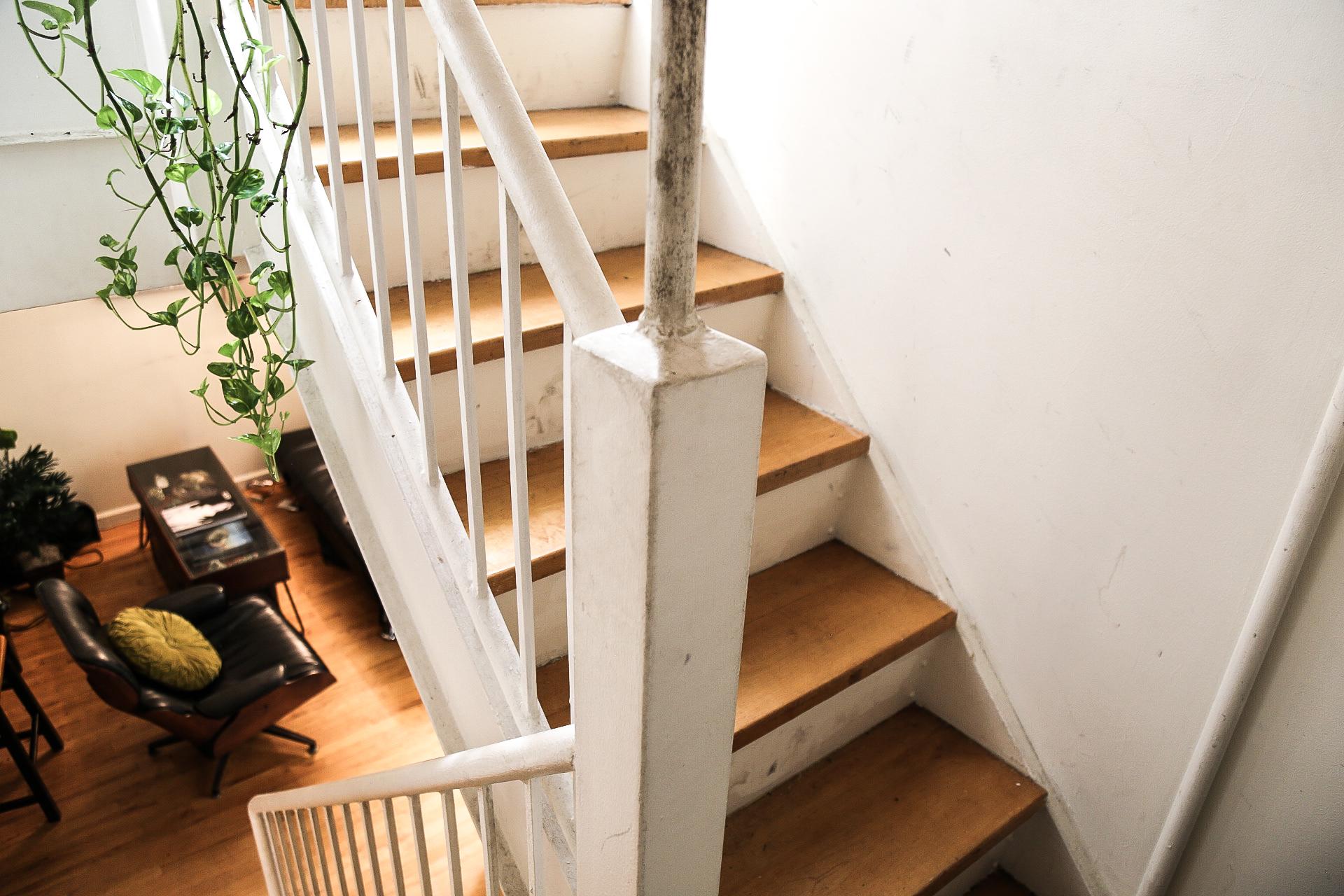 3bedroomstairdetail.jpg