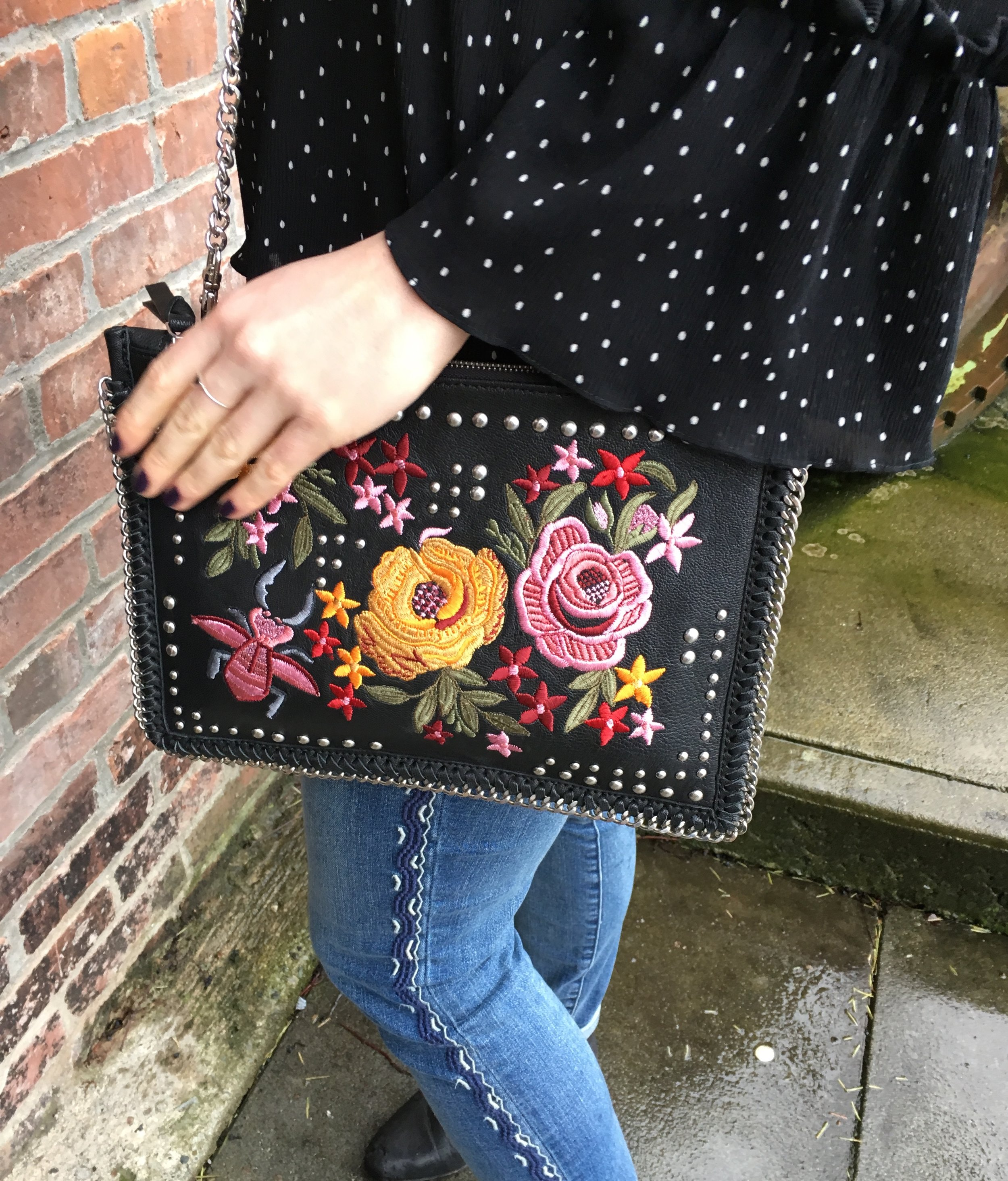 Its all in the details: TOPSHOP   embroidered purse, GAP embroidered jeans